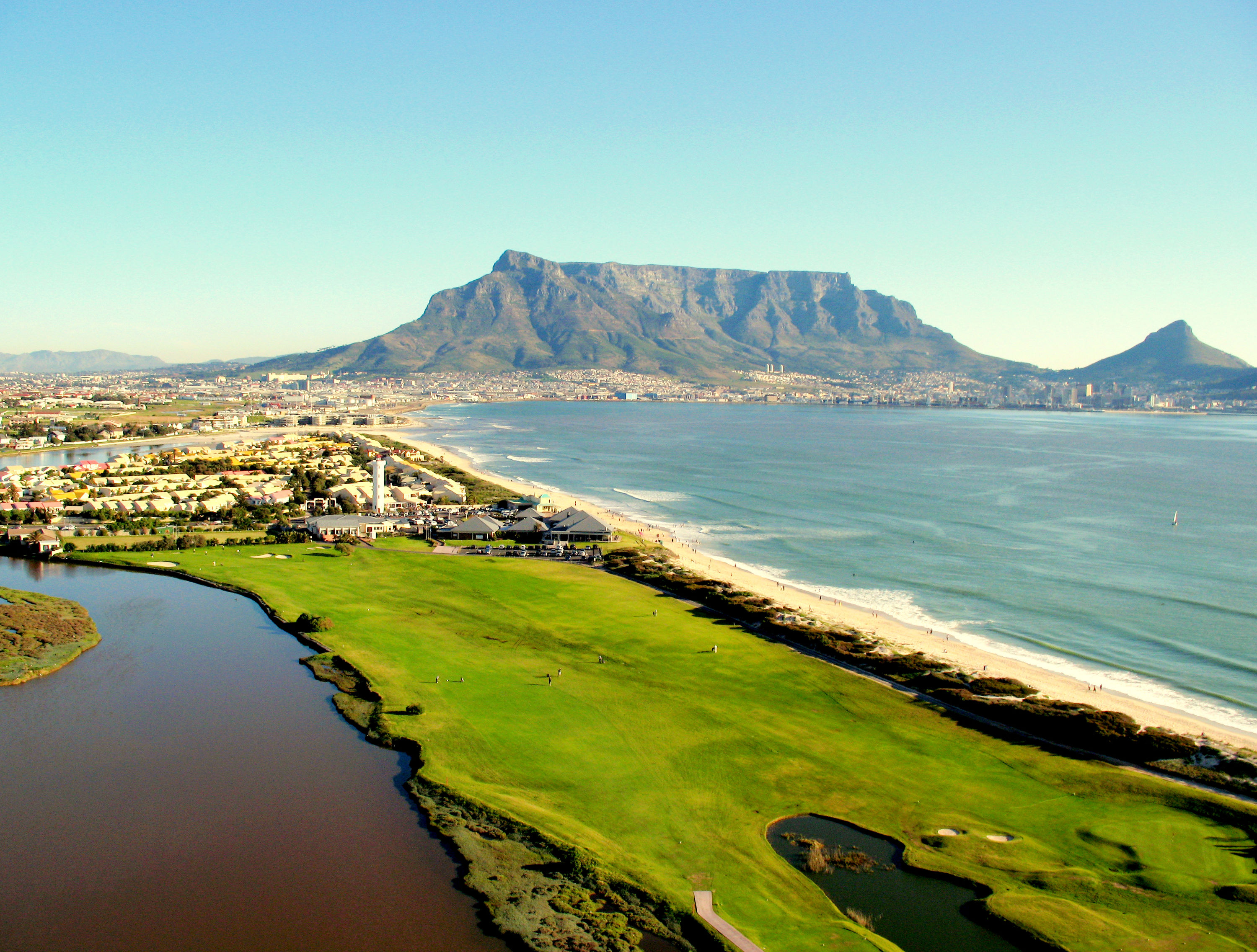 https://bubo.sk/uploads/galleries/15719/milnerton_golf_club_cover_picture.jpg