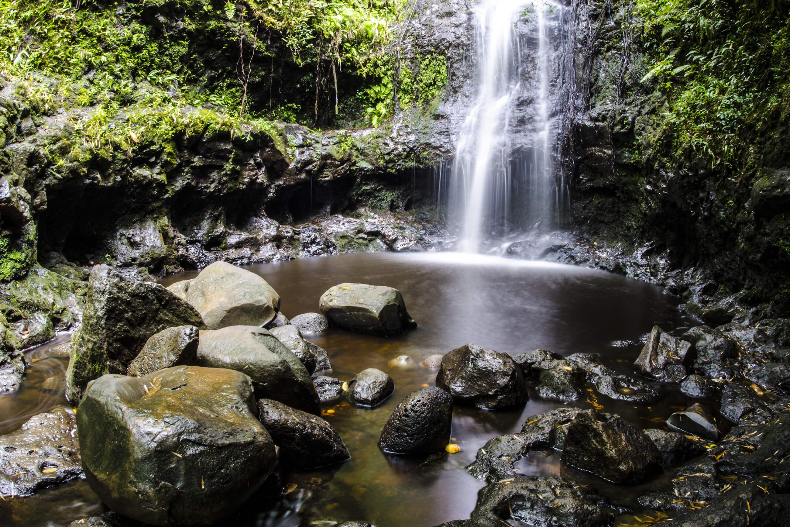https://bubo.sk/uploads/galleries/16052/waterfall-3652346-1-1-.jpg