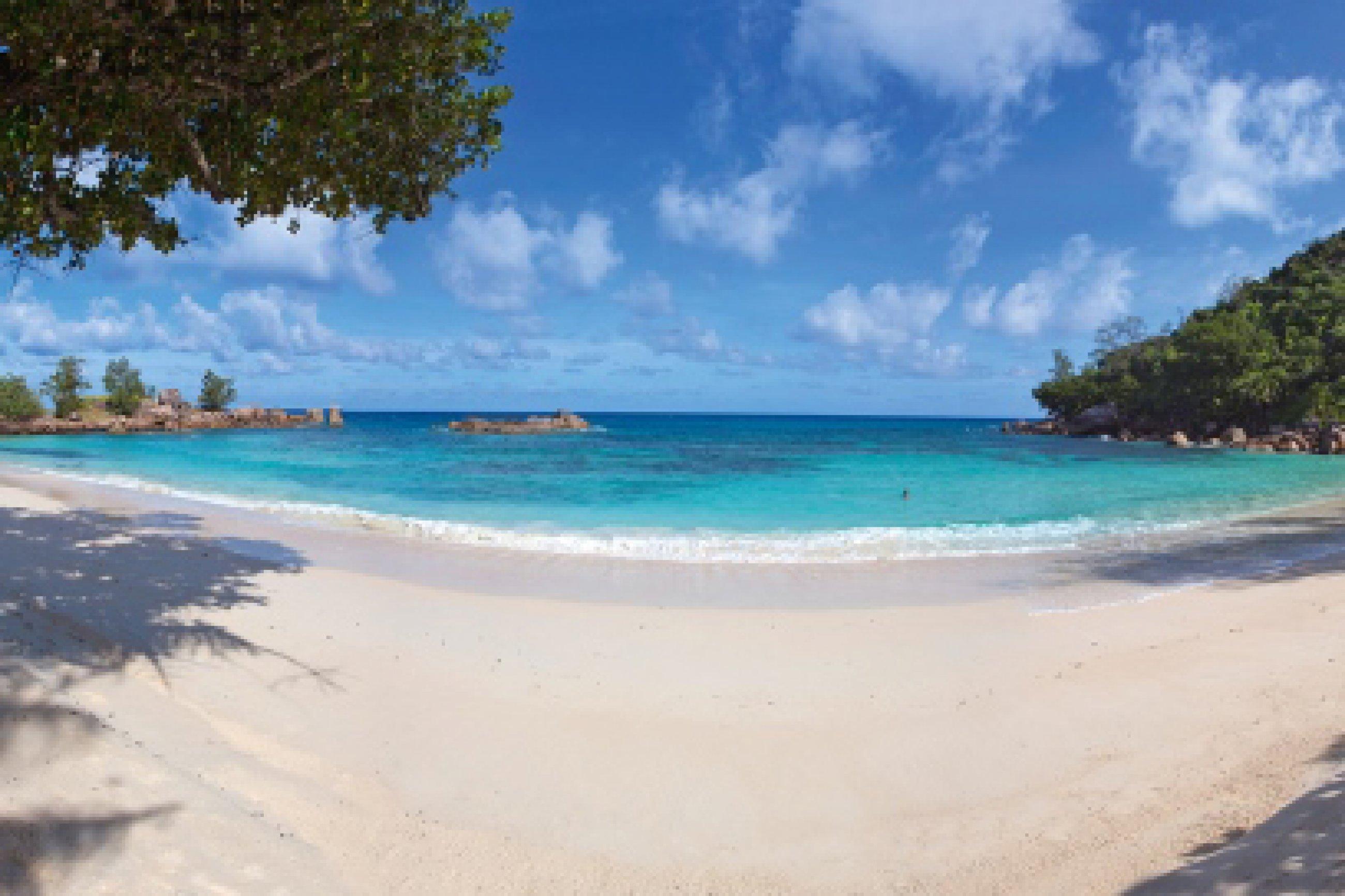 https://bubo.sk/uploads/galleries/16287/lemuria-seychelles-beach-23.jpg