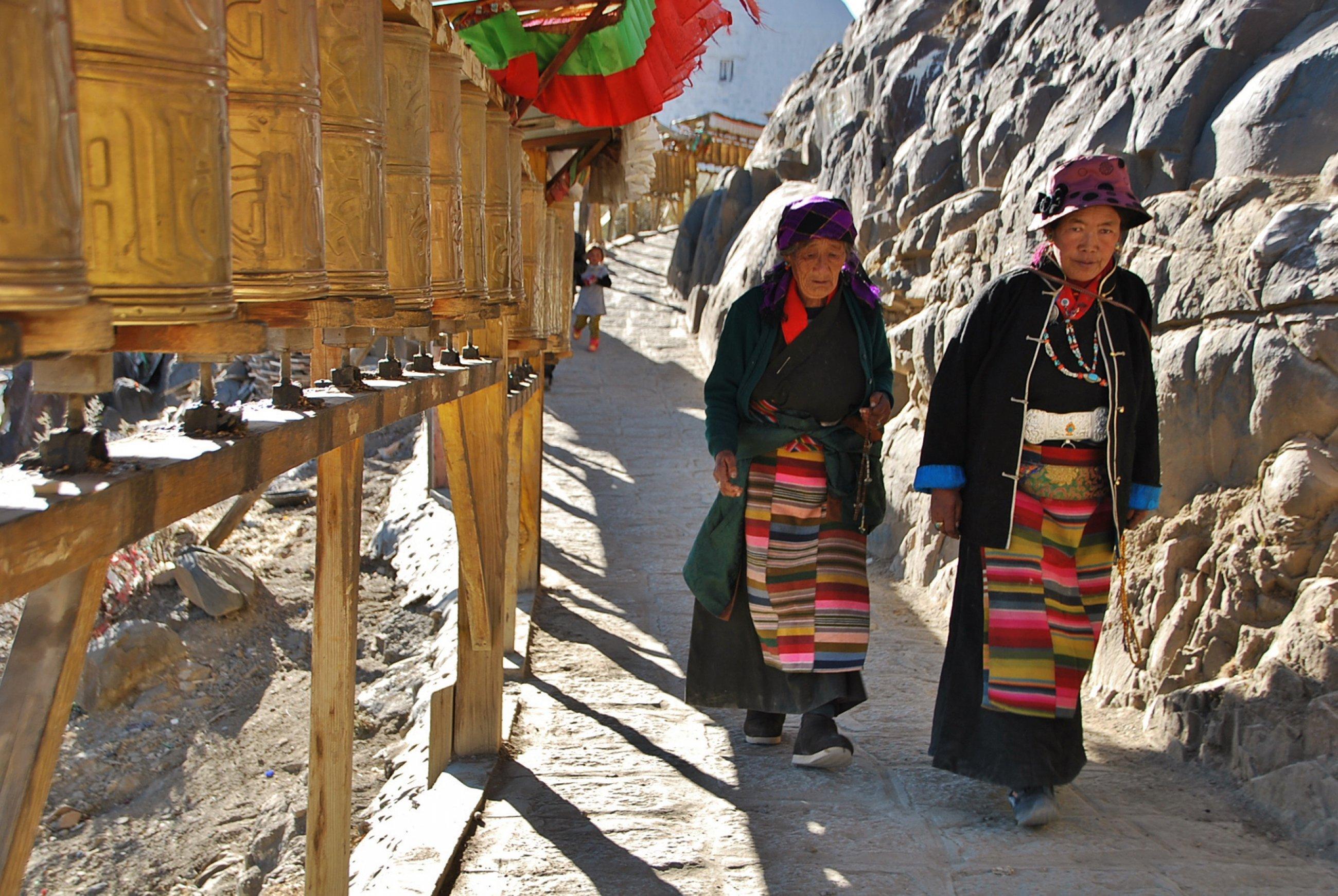 https://bubo.sk/uploads/galleries/16317/tibet-ctni-11-2014-mirka-sulka-278-.jpg