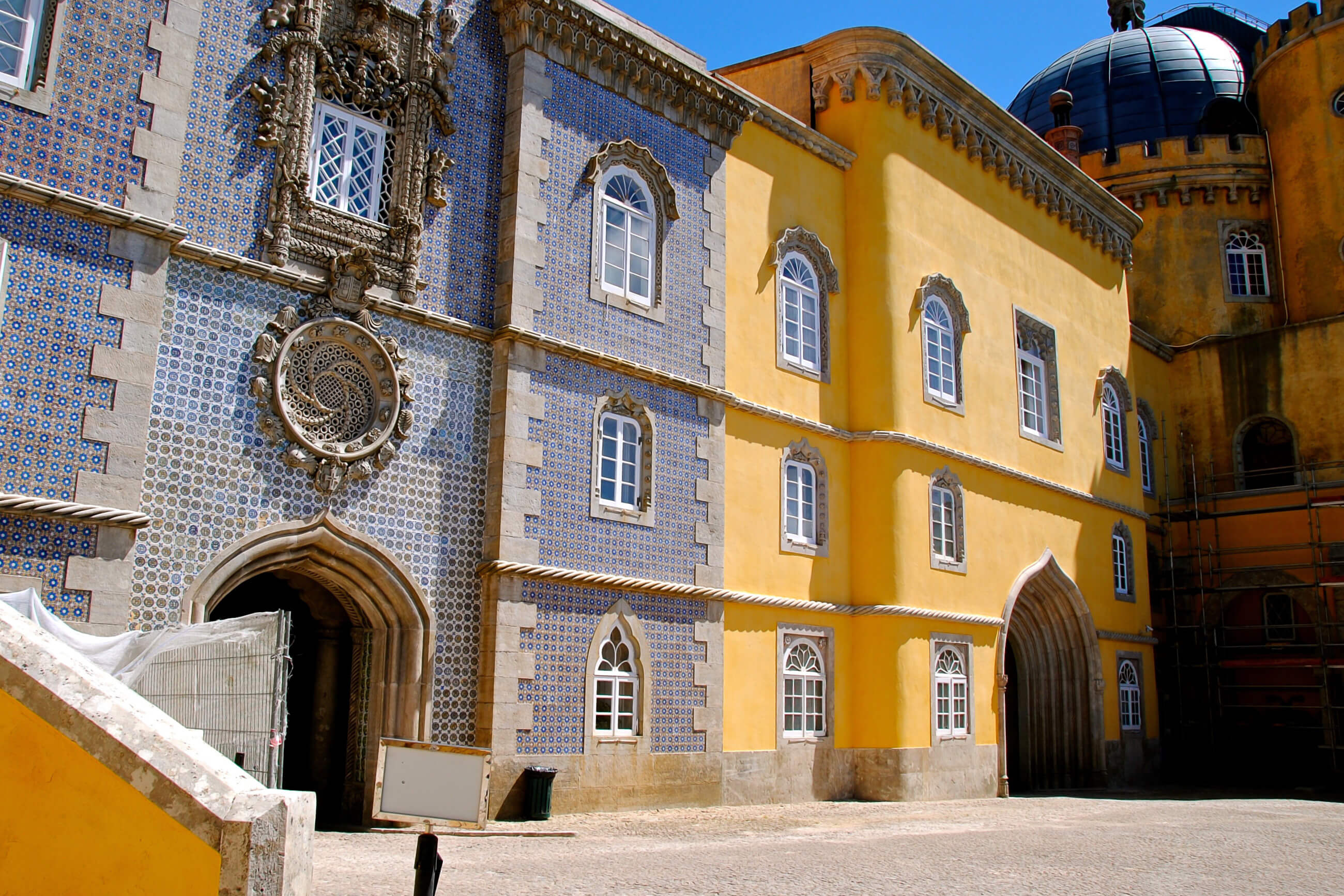 https://bubo.sk/uploads/galleries/16329/pxb_portugalsko_sintra-1576508.jpg