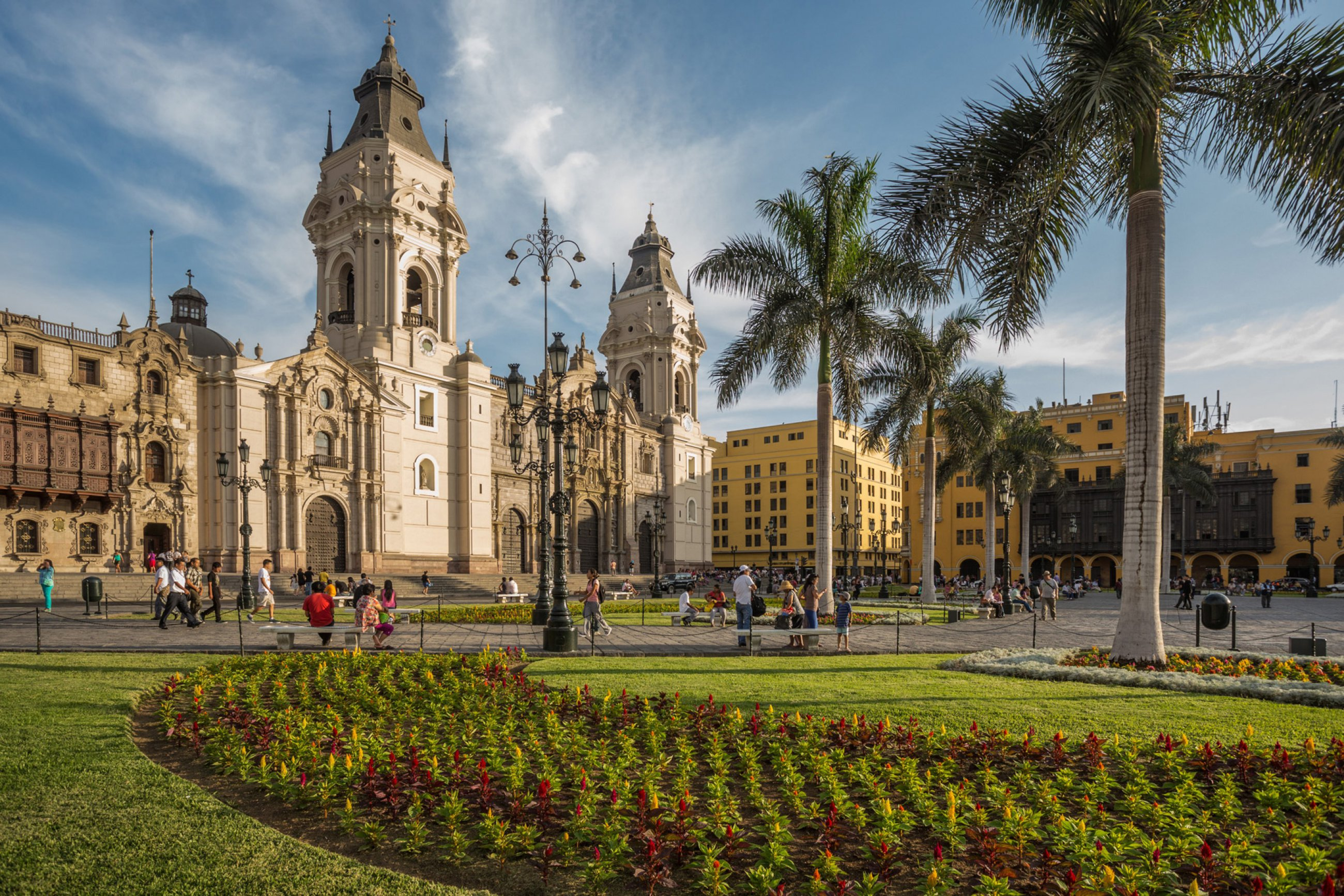 https://bubo.sk/uploads/galleries/16334/peru-lima-shutterstock-181523507.jpg
