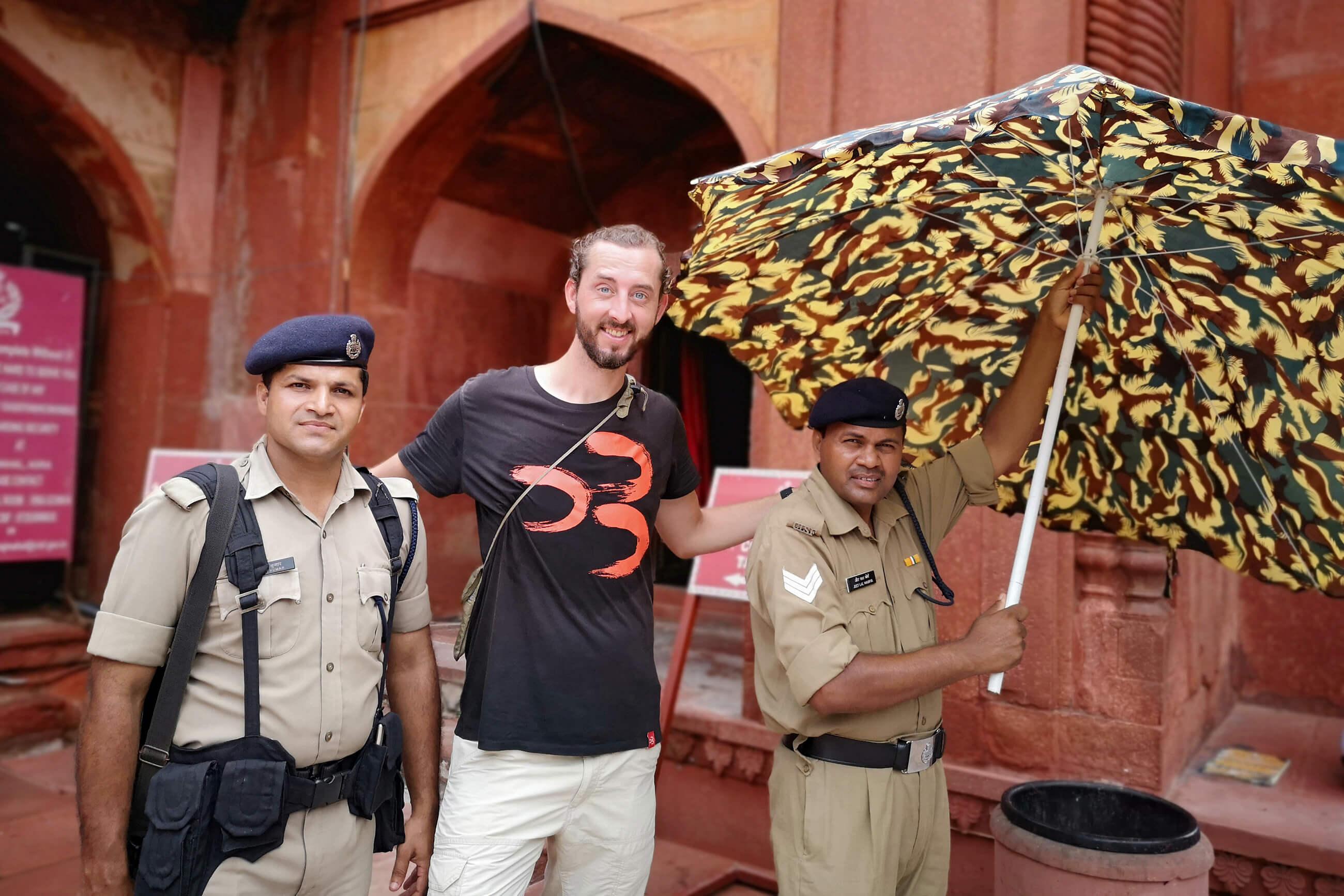 https://bubo.sk/uploads/galleries/16619/janzachar_india_agra_1-1-.jpg