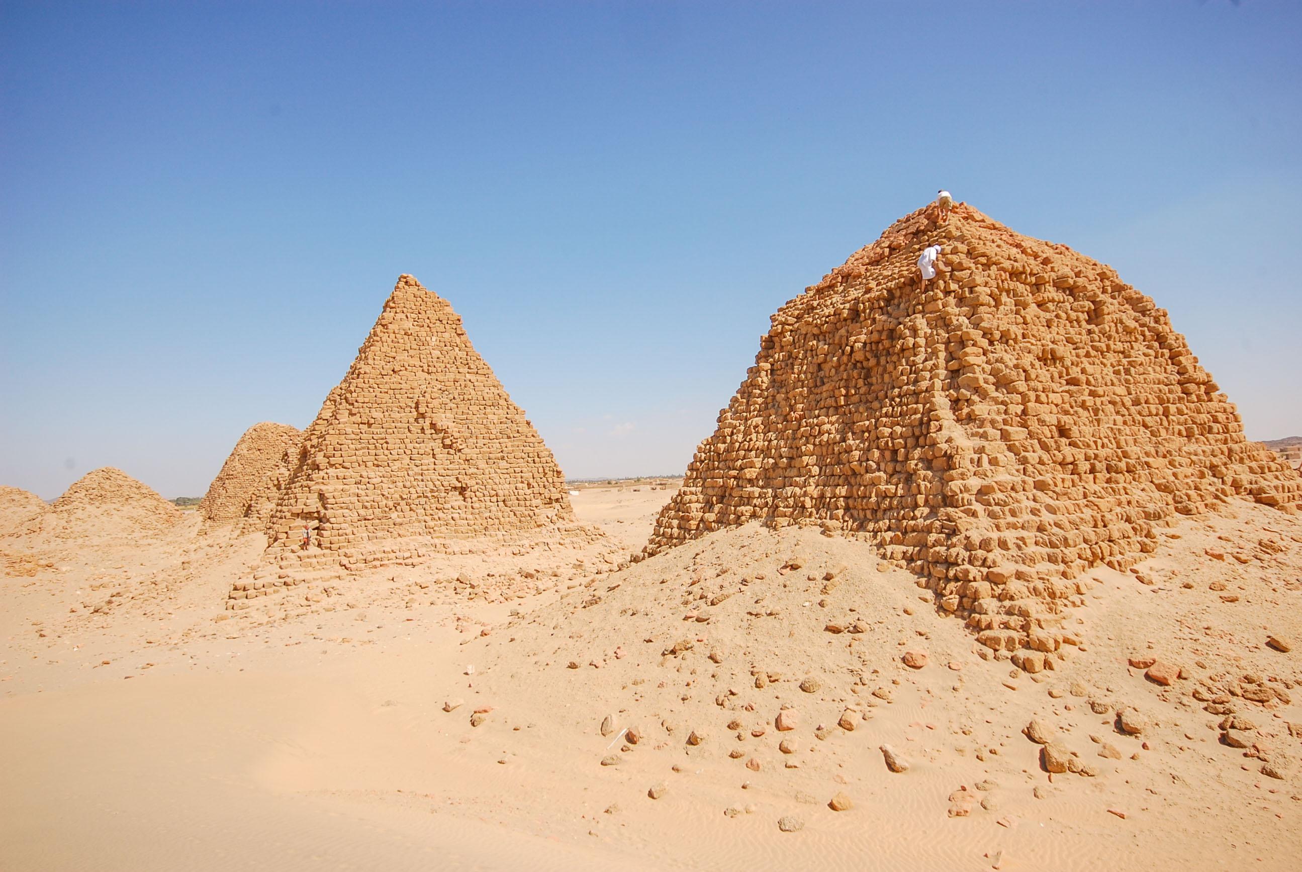 https://bubo.sk/uploads/galleries/17820/lubosfellner_sudan_6s-sudan-a-bubo-foto-exklusive.jpg