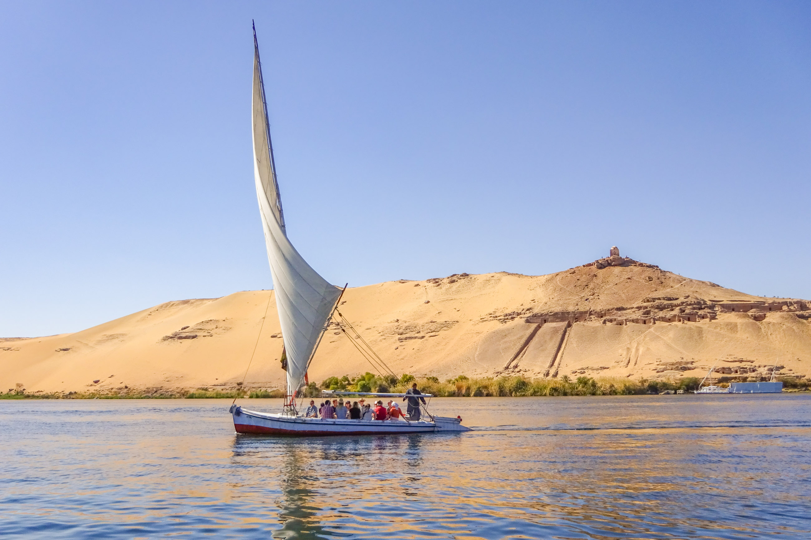 https://bubo.sk/uploads/galleries/18745/miroslavadlha_egypt_aswan-18-.jpg