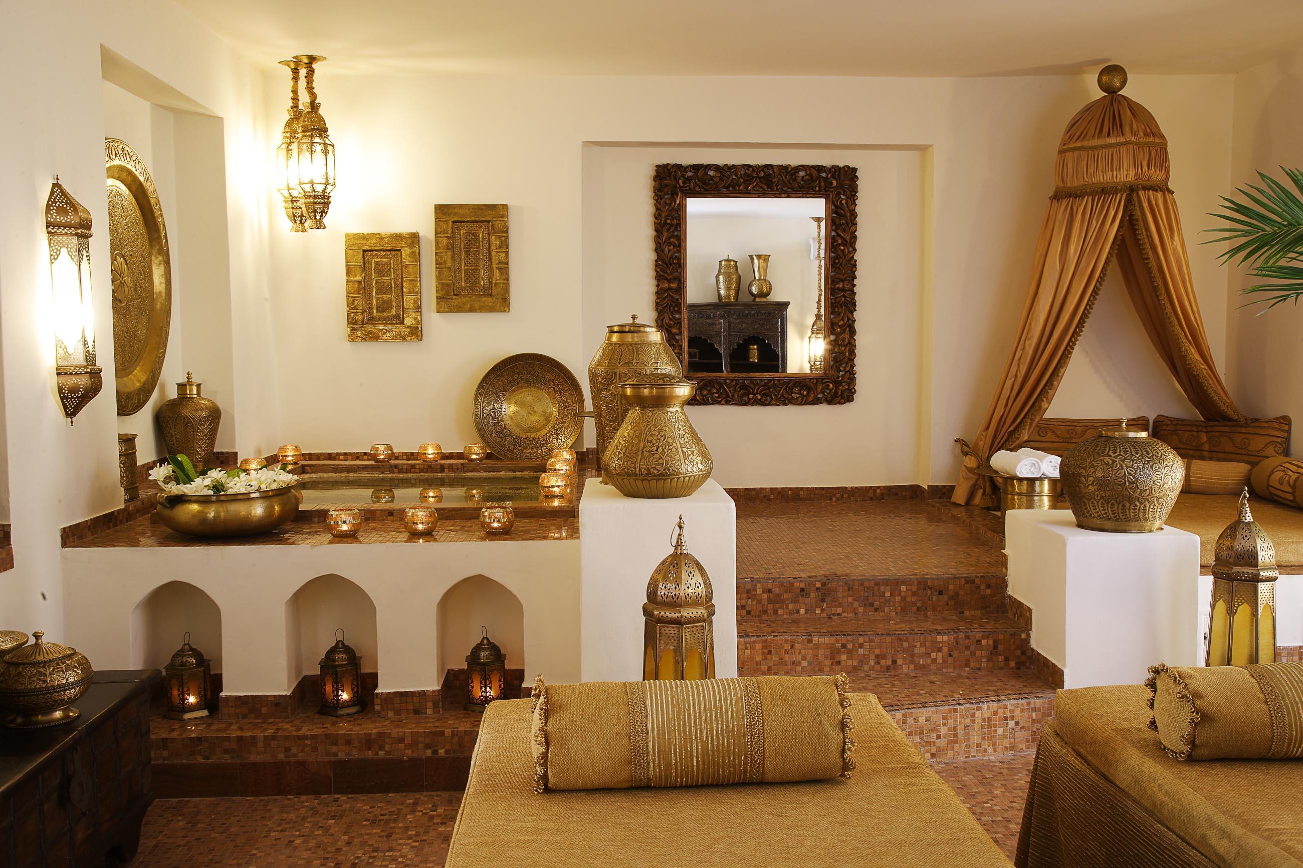https://bubo.sk/uploads/galleries/19778/luxuriate-like-a-sultan.jpg