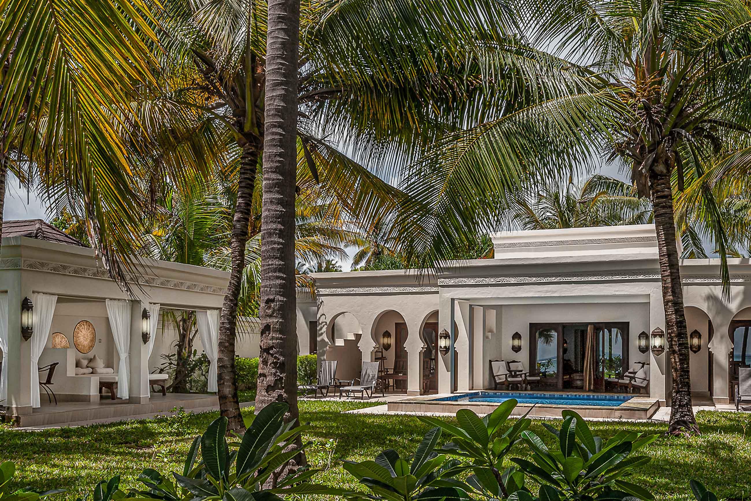 https://bubo.sk/uploads/galleries/19778/royal-beach-villa.jpg