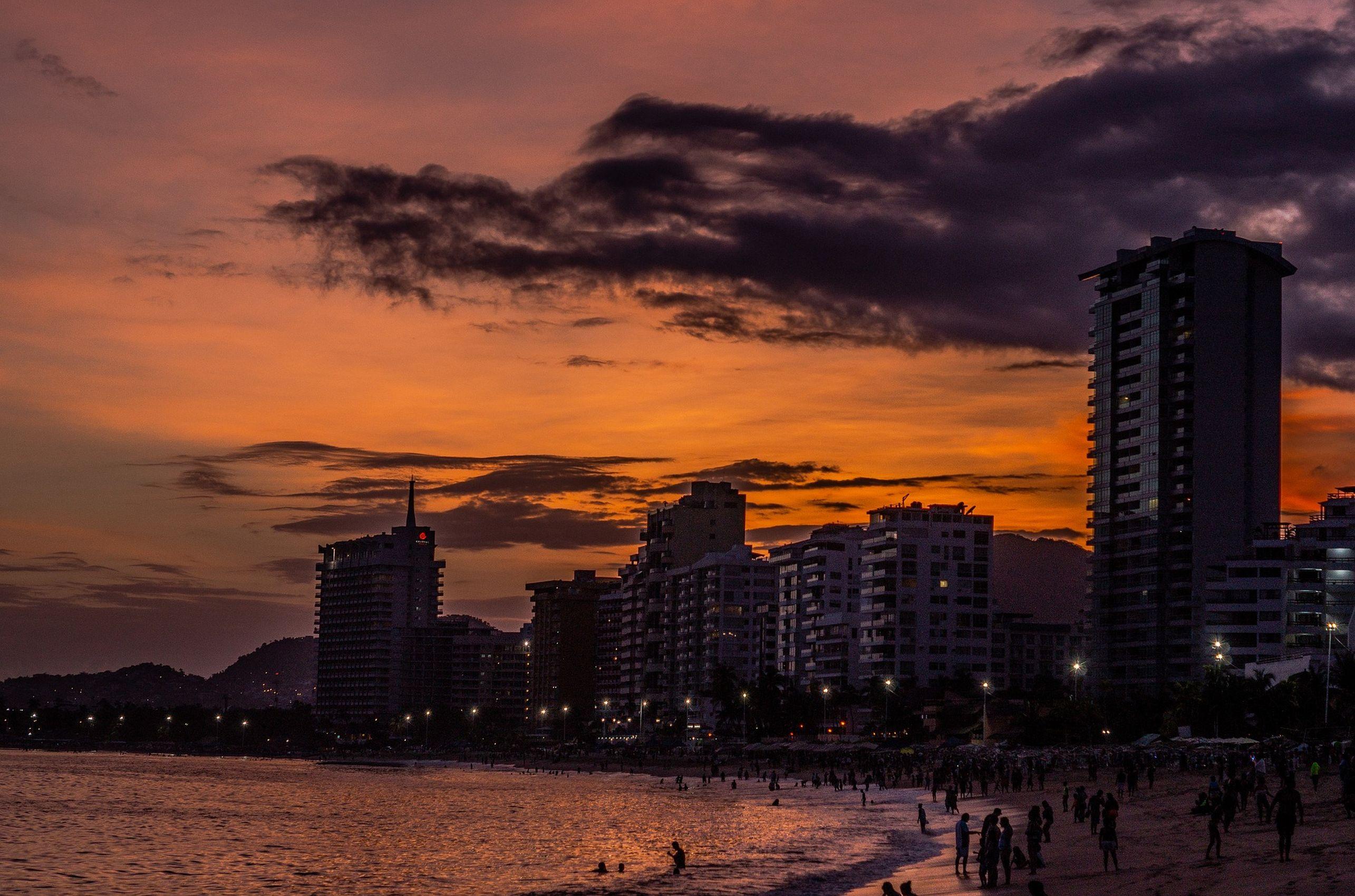 https://bubo.sk/uploads/galleries/3464/acapulco-3605301_1920_vysledok.jpg
