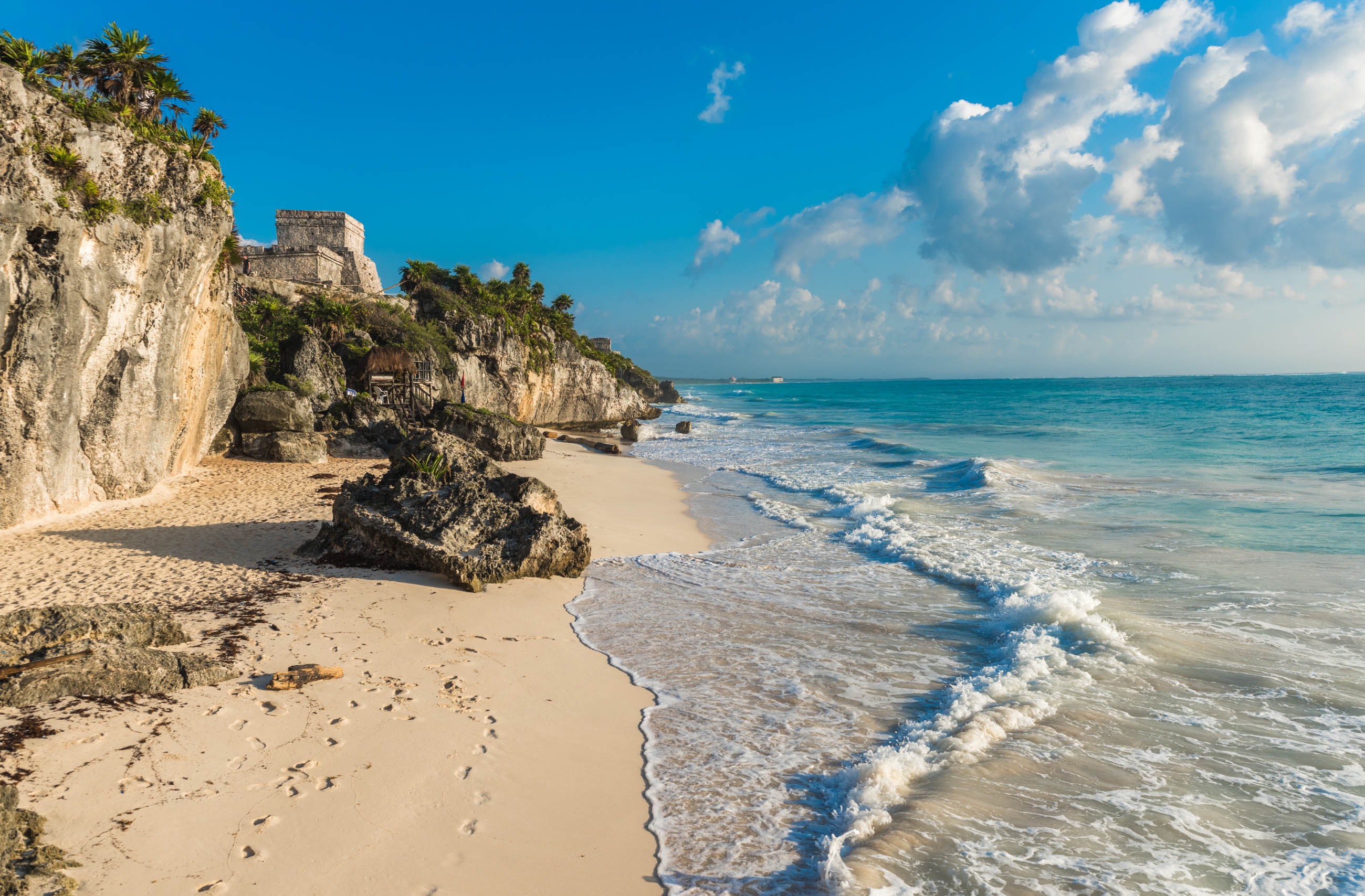 https://bubo.sk/uploads/galleries/3464/shutterstock_mexiko_tulum-yuacatan_559532839-14.jpg