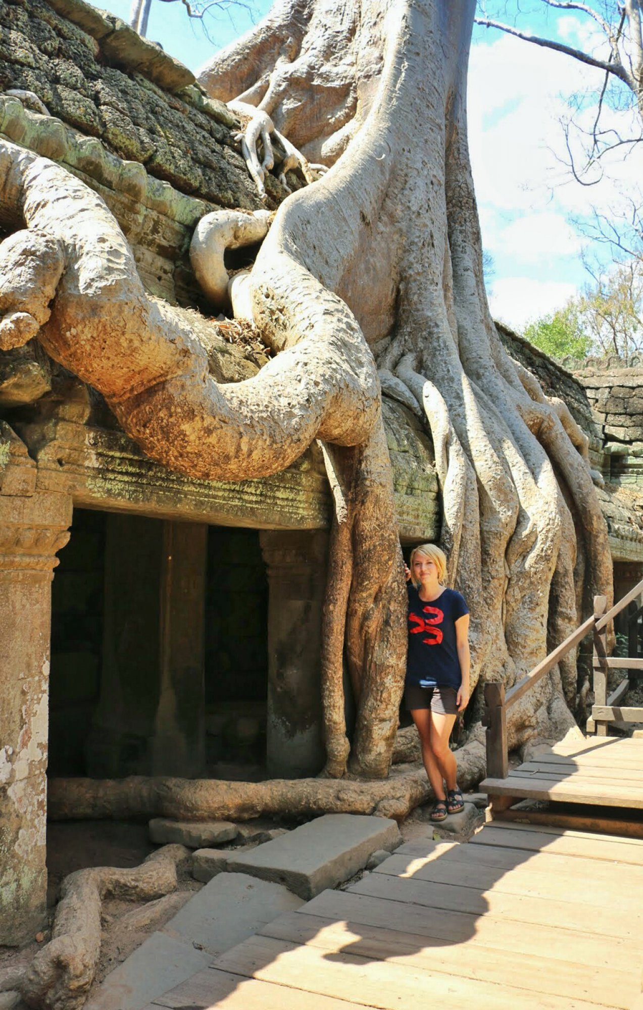 https://bubo.sk/uploads/galleries/3465/kambodza-taprohm-bubo.jpeg