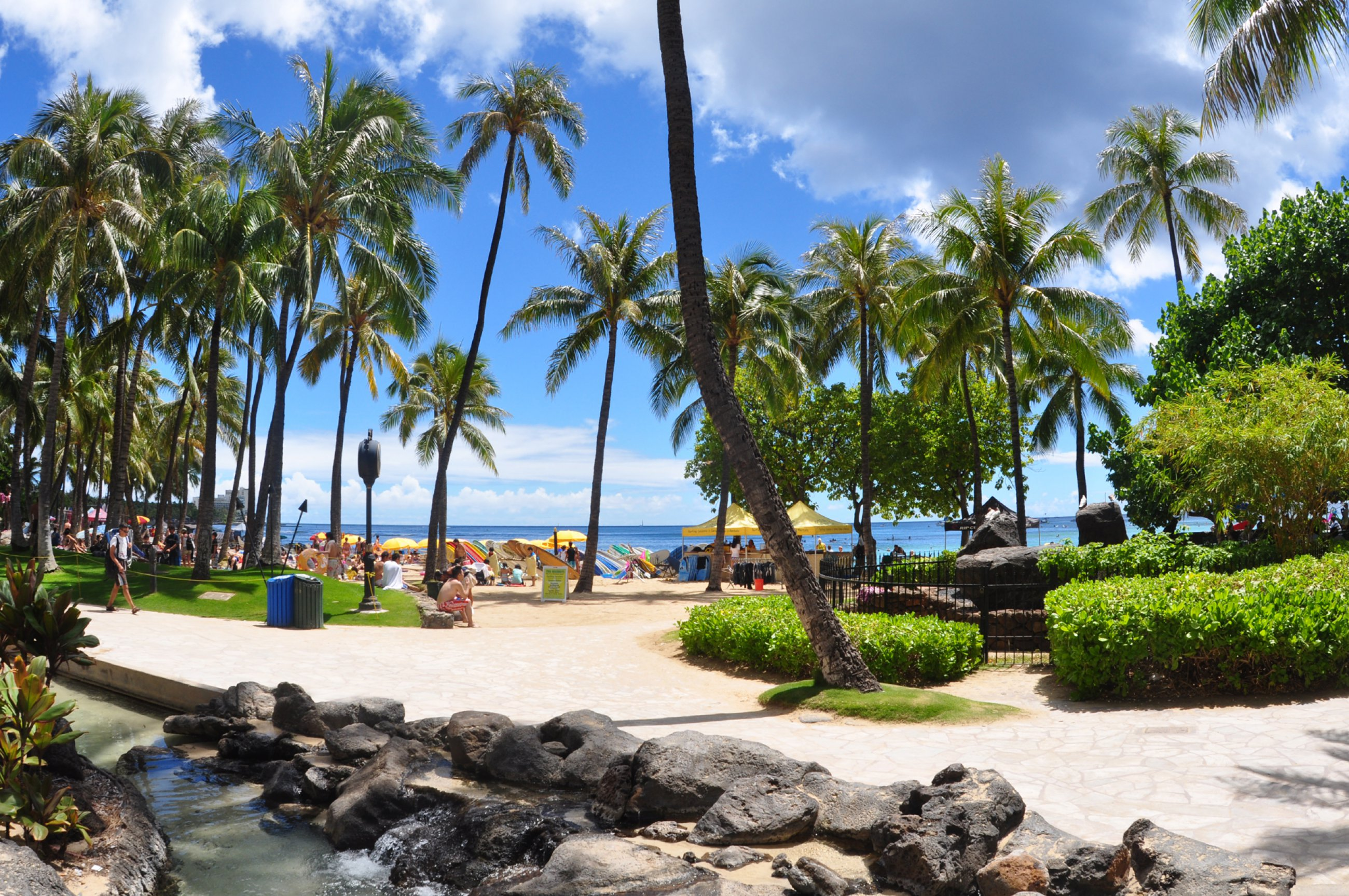 https://bubo.sk/uploads/galleries/3469/havaj-hilton-hawaiian-village-boardwalk-2-oahu-hawaii-photo-d-ramey-logan.jpg