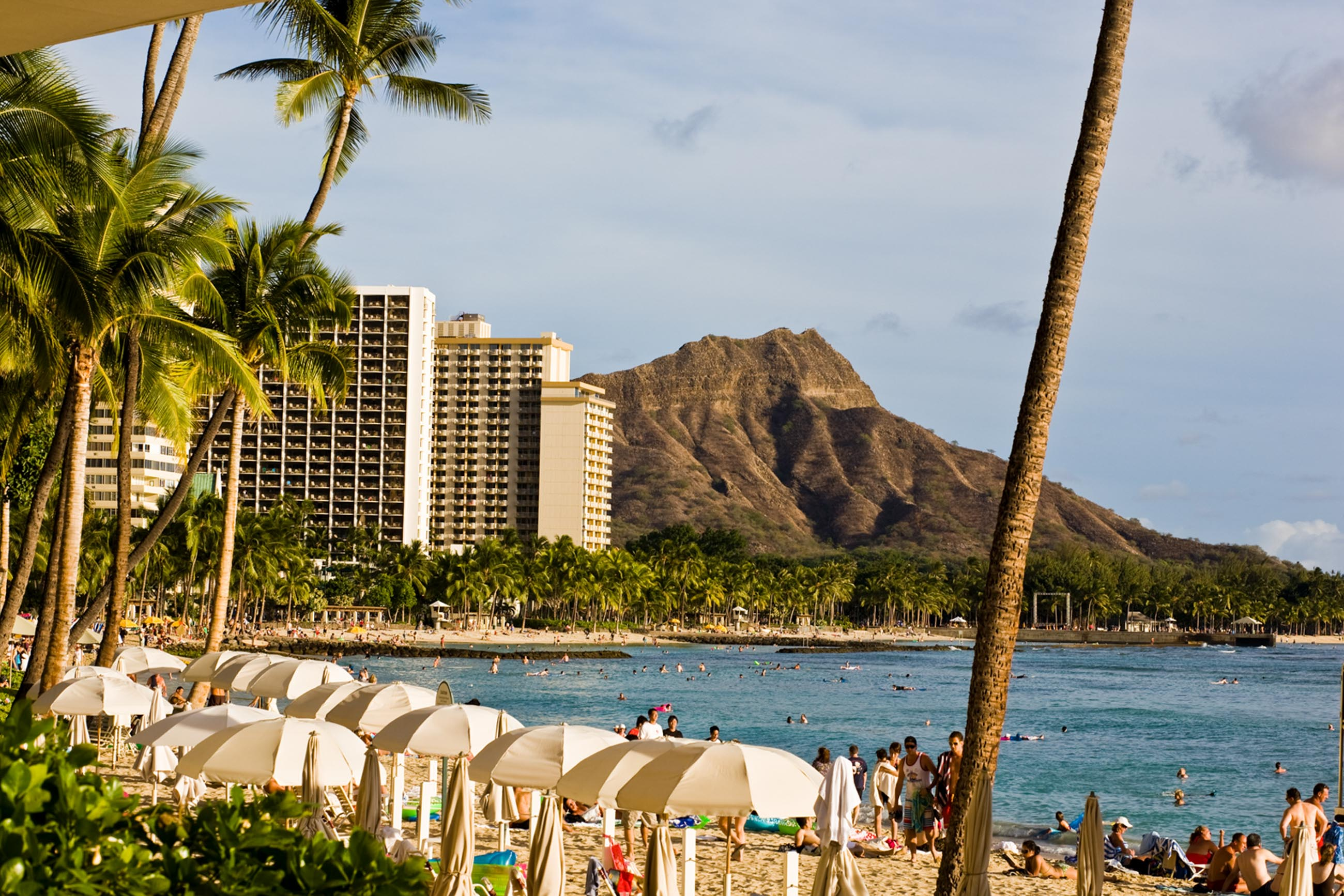https://bubo.sk/uploads/galleries/3469/havaj_tourismboard_honolulu__067.tif-3.jpg