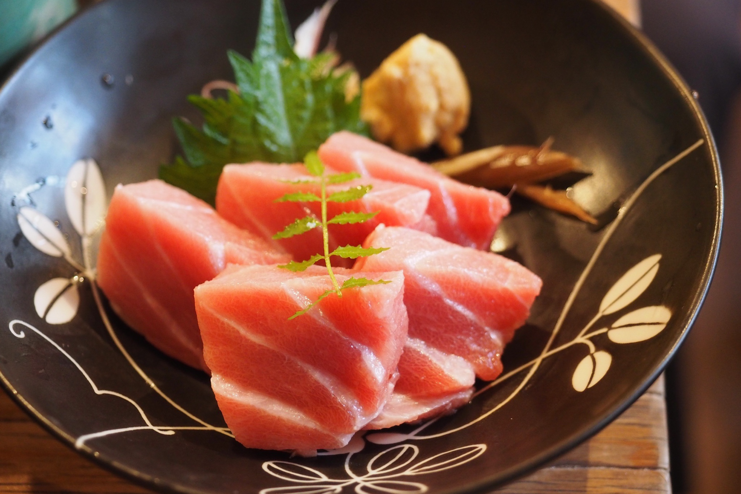 https://bubo.sk/uploads/galleries/3469/sashimi-2563650.jpg