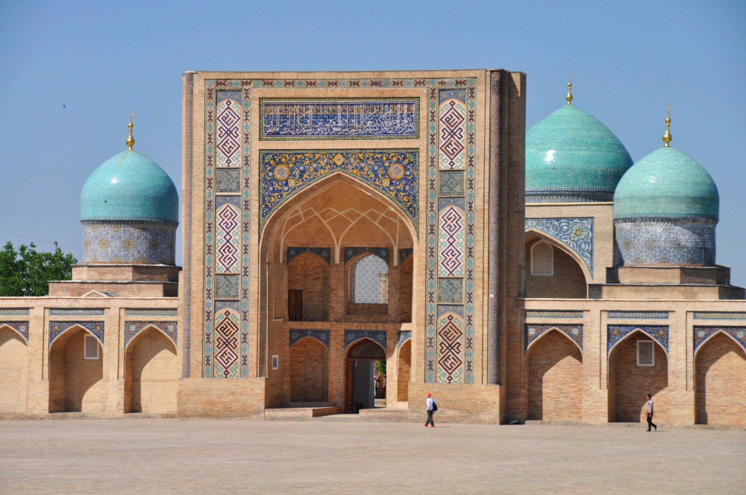 https://bubo.sk/uploads/galleries/3470/uzbekistan-10.jpg