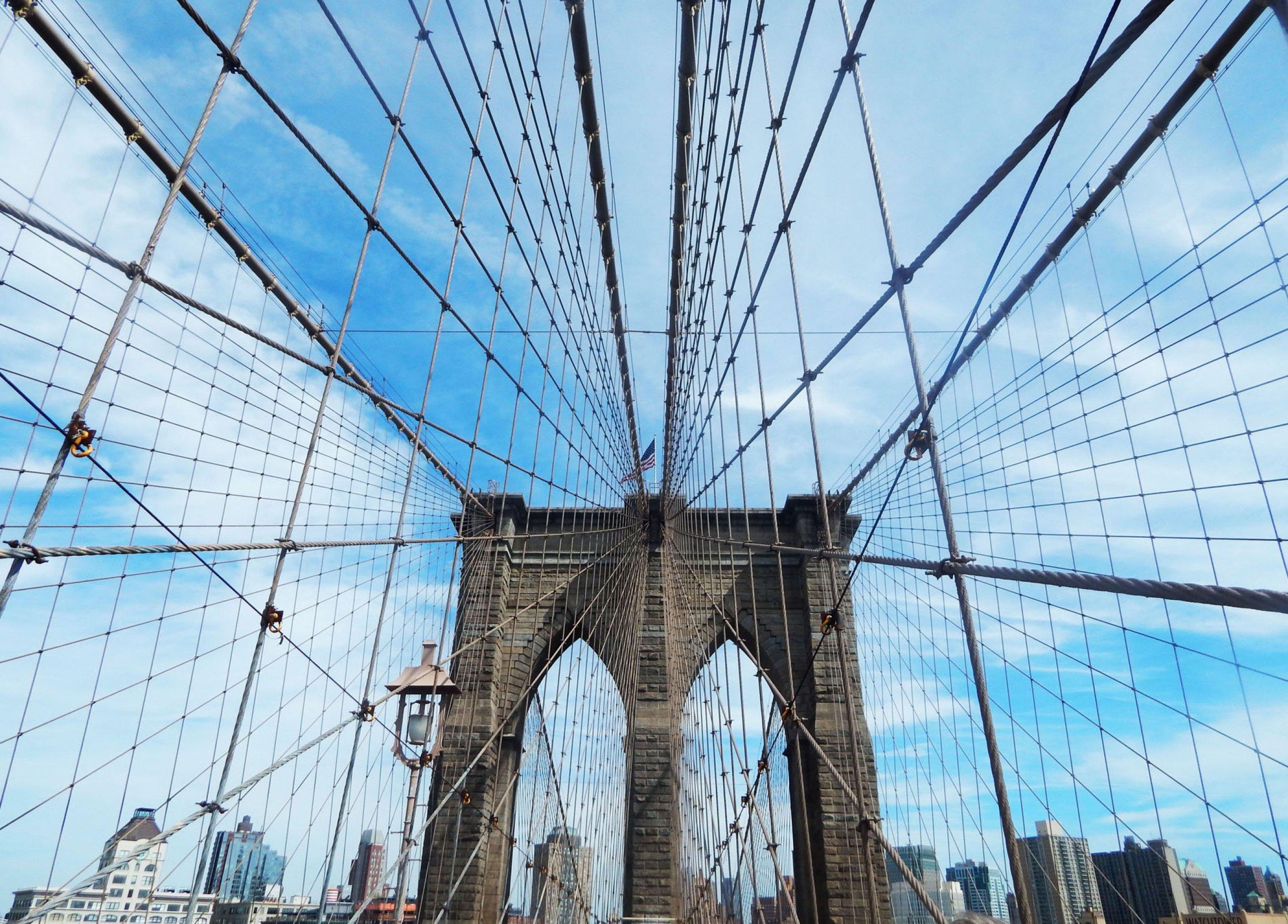https://bubo.sk/uploads/galleries/4326/ny-beyond-the-bridge.jpg