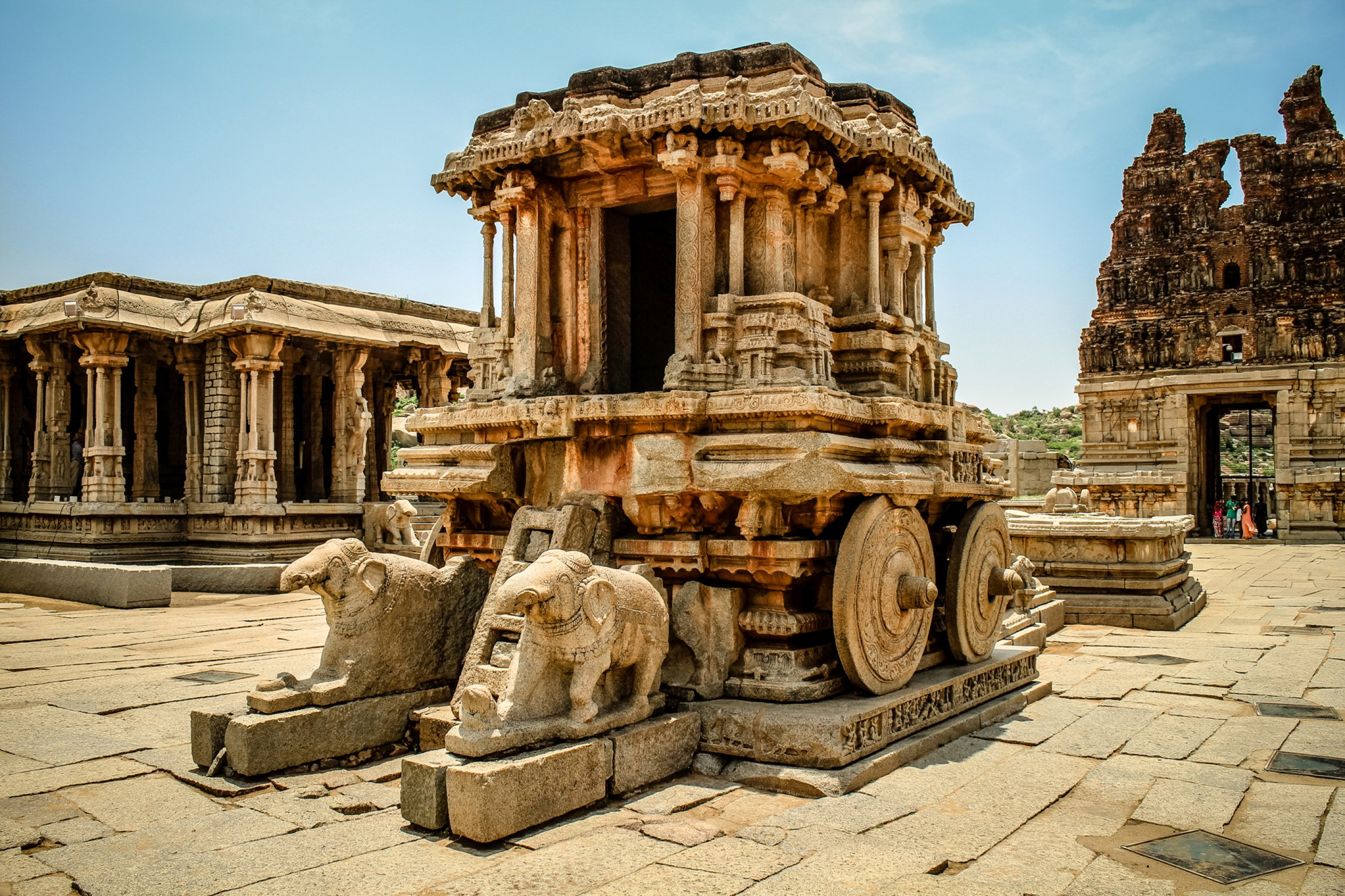 https://bubo.sk/uploads/galleries/4918/hampi-india-dreamstime-xl-42070981.jpg