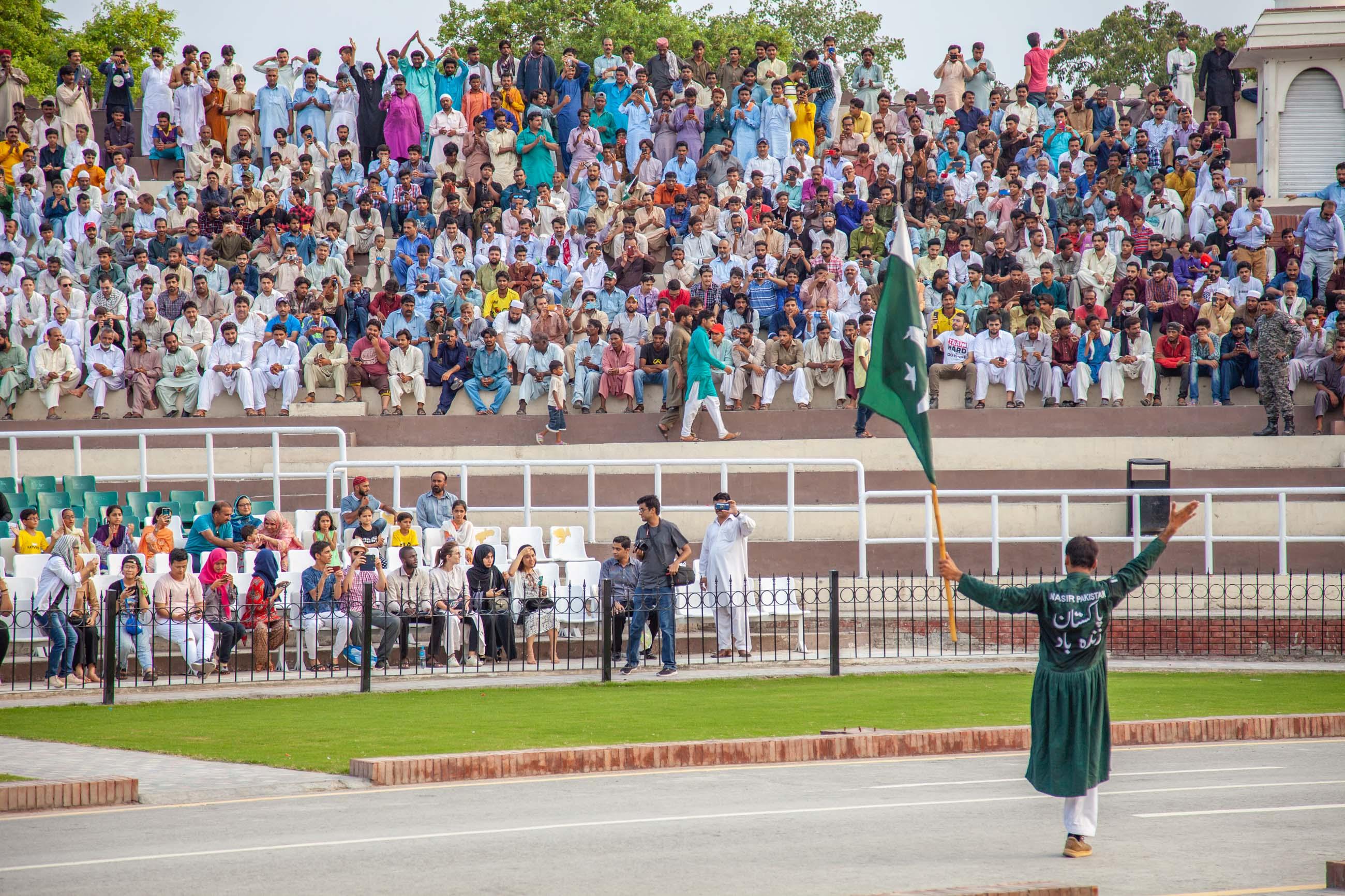 https://bubo.sk/uploads/galleries/4920/samuelklc_pakistan_peshawar_lahore_img_0186.jpg