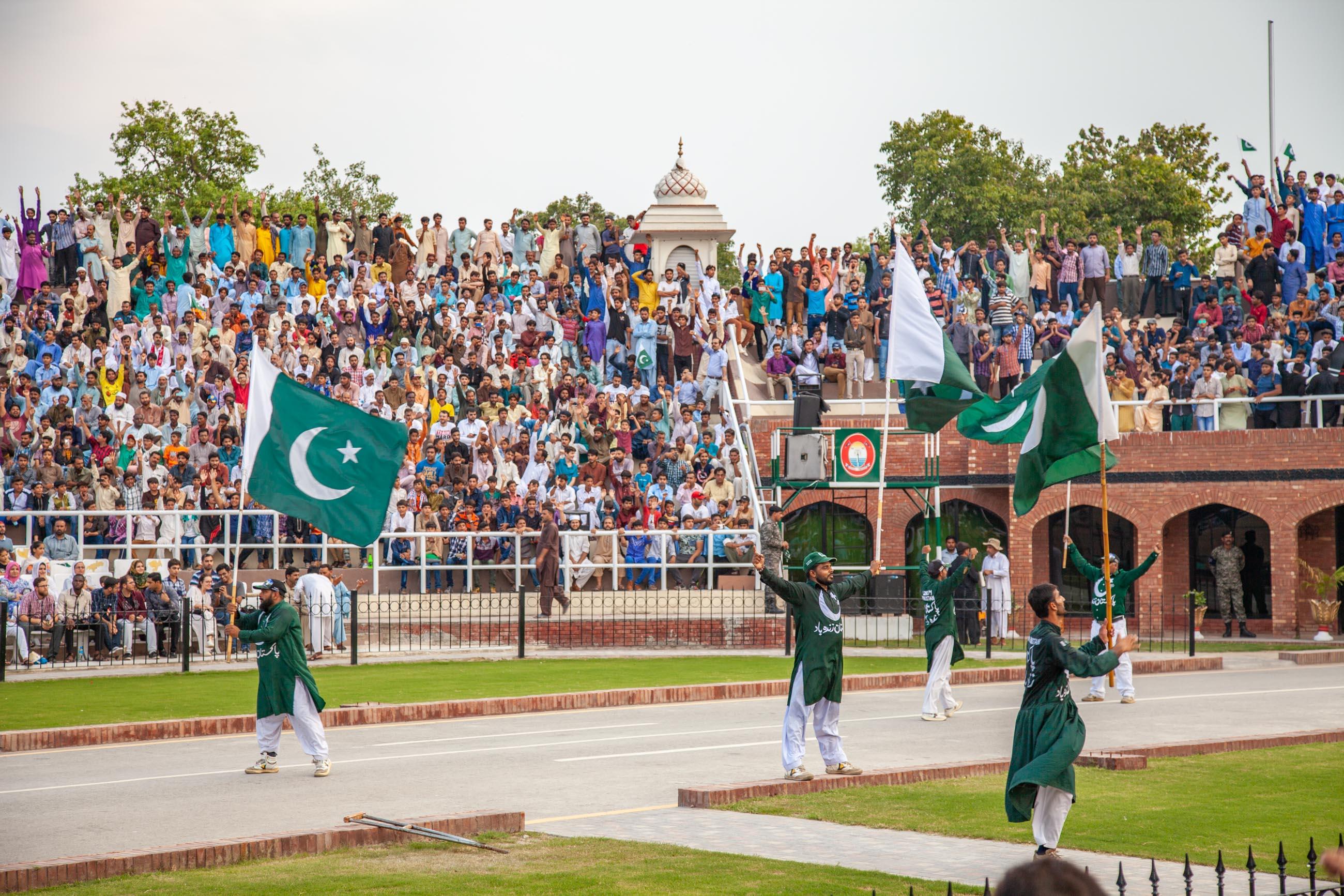 https://bubo.sk/uploads/galleries/4920/samuelklc_pakistan_peshawar_lahore_img_0211.jpg