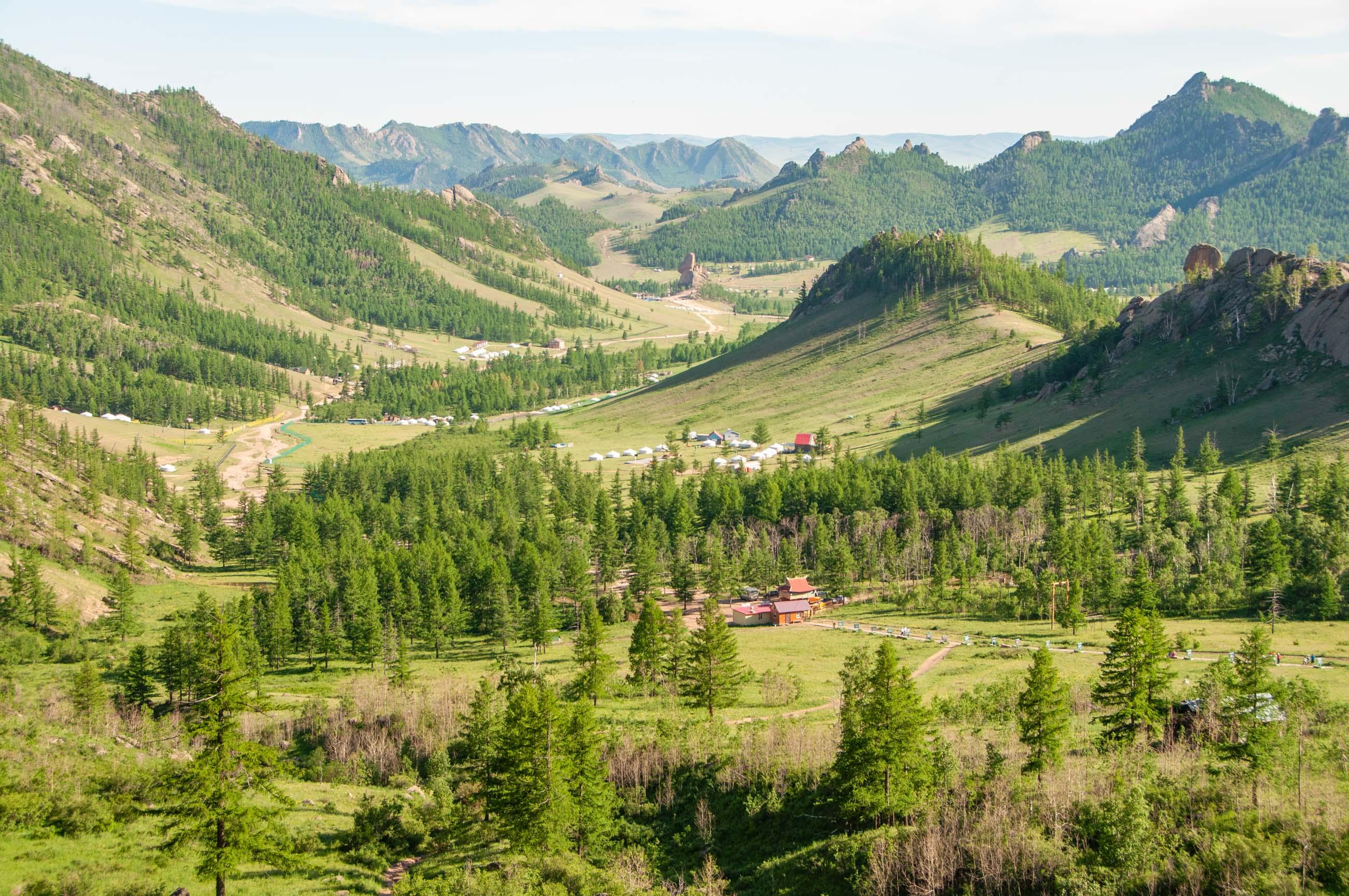 https://bubo.sk/uploads/galleries/4924/tomaskubus_mongolsko_terelj_narodny_park_vyhlad1_transsib.jpg