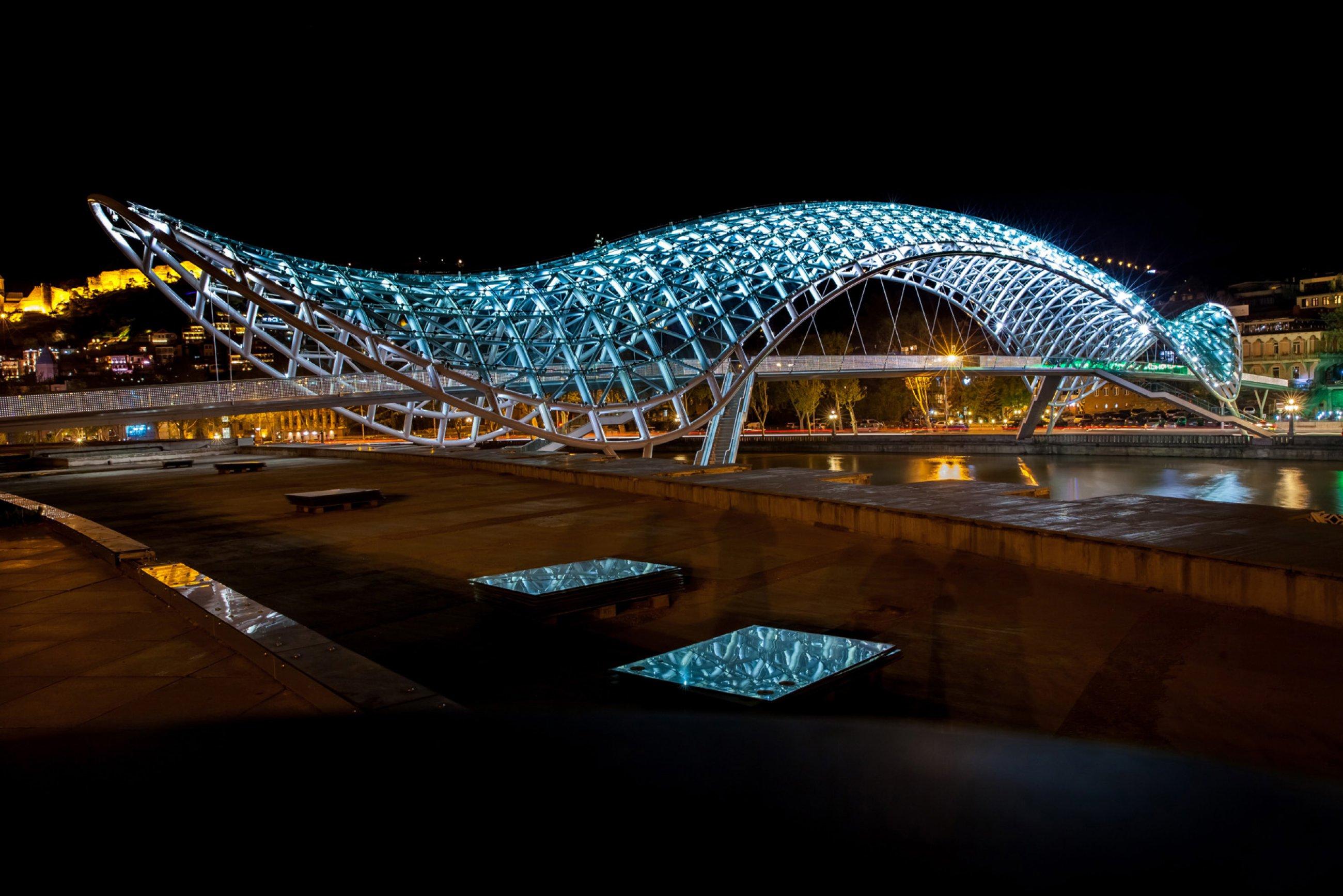 https://bubo.sk/uploads/galleries/4940/tbilisi-shutterstock-280828427-2-.jpg
