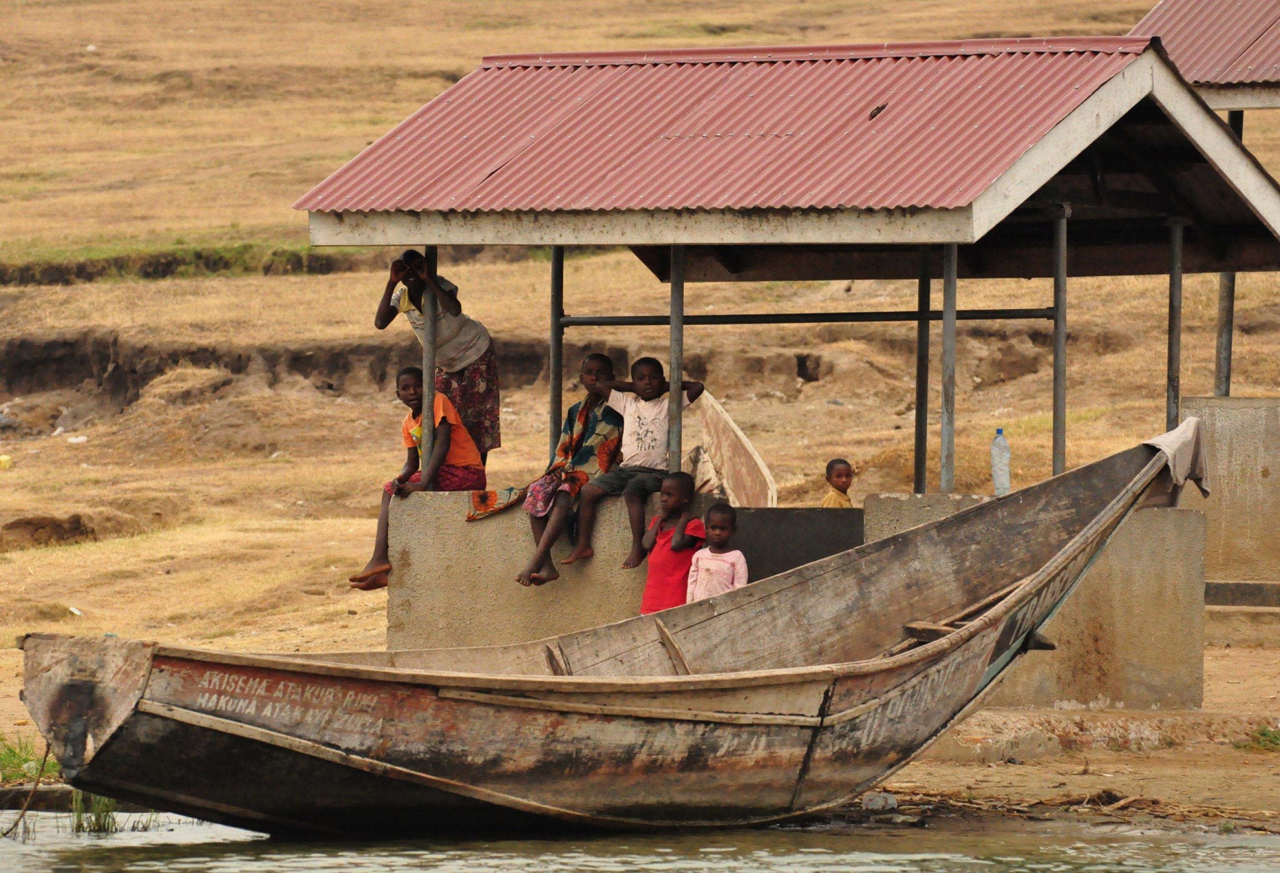 https://bubo.sk/uploads/galleries/4986/burundi-rwanda-uganda-kongo-martin-karnis-12-.jpg