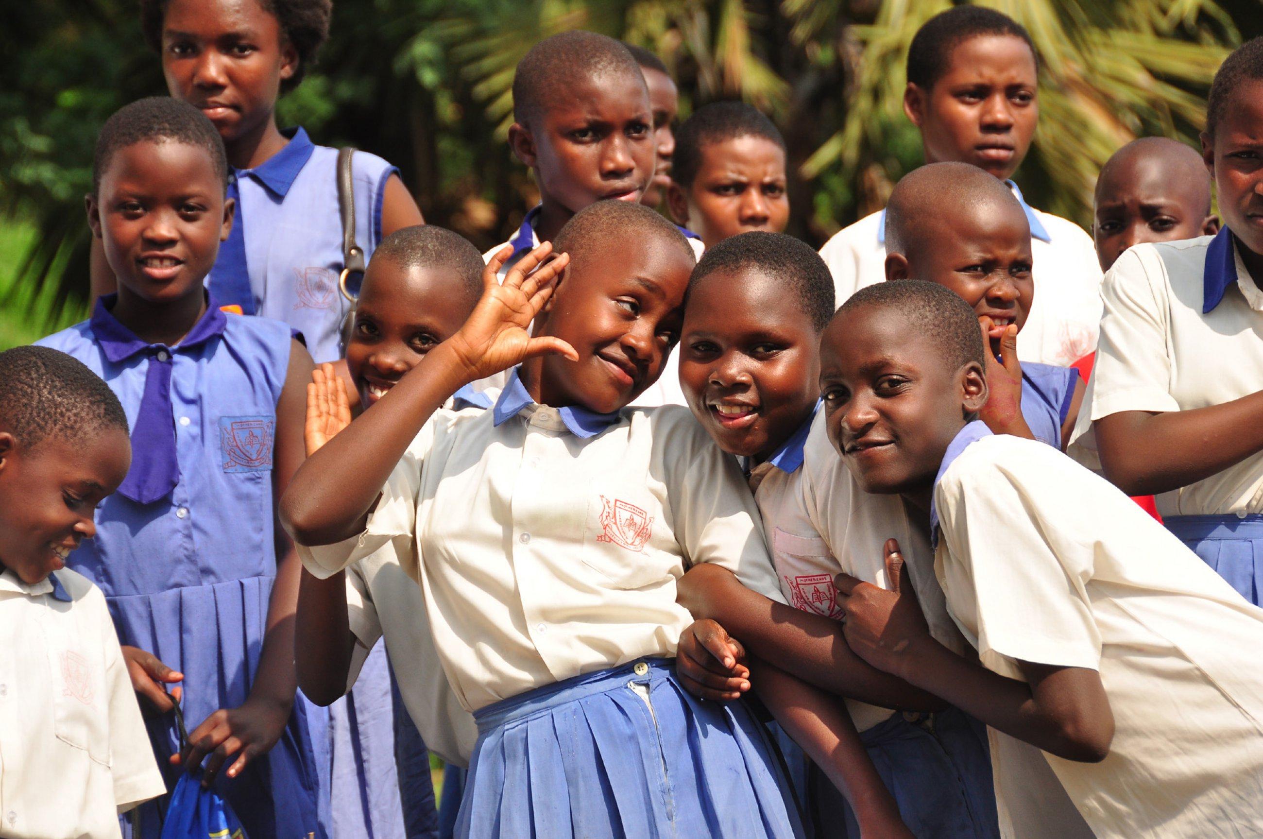 https://bubo.sk/uploads/galleries/4986/burundi-rwanda-uganda-kongo-martin-karnis-14-.jpg