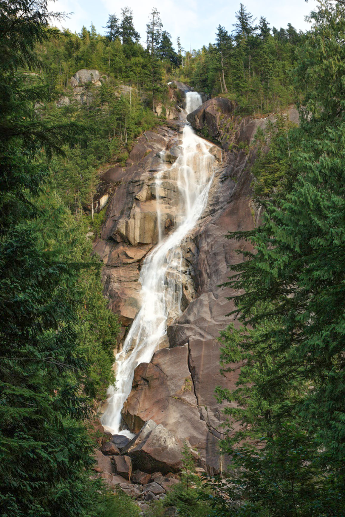 https://bubo.sk/uploads/galleries/4993/vdcza__shannon-falls-pano.jpg