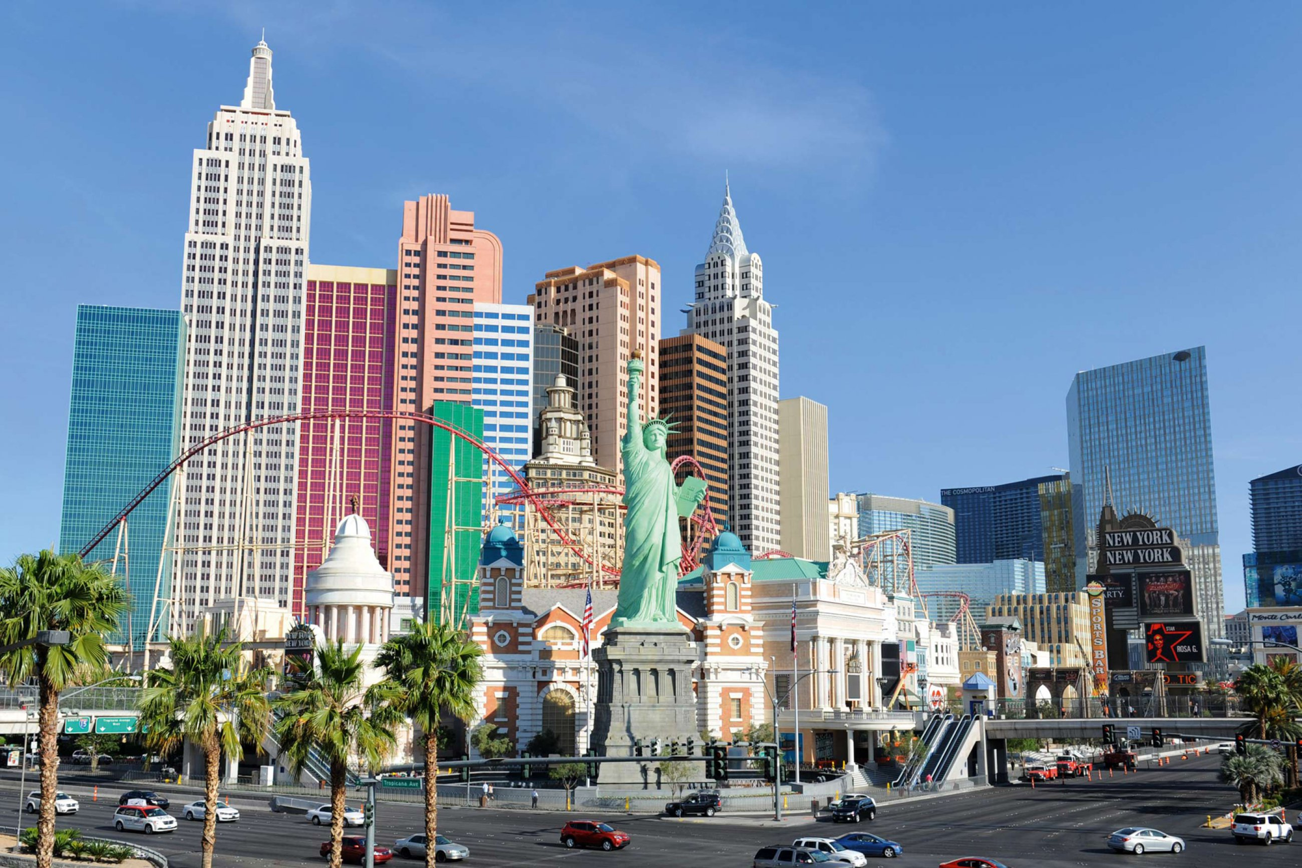 https://bubo.sk/uploads/galleries/5000/las-vegas-a-new-york.jpg