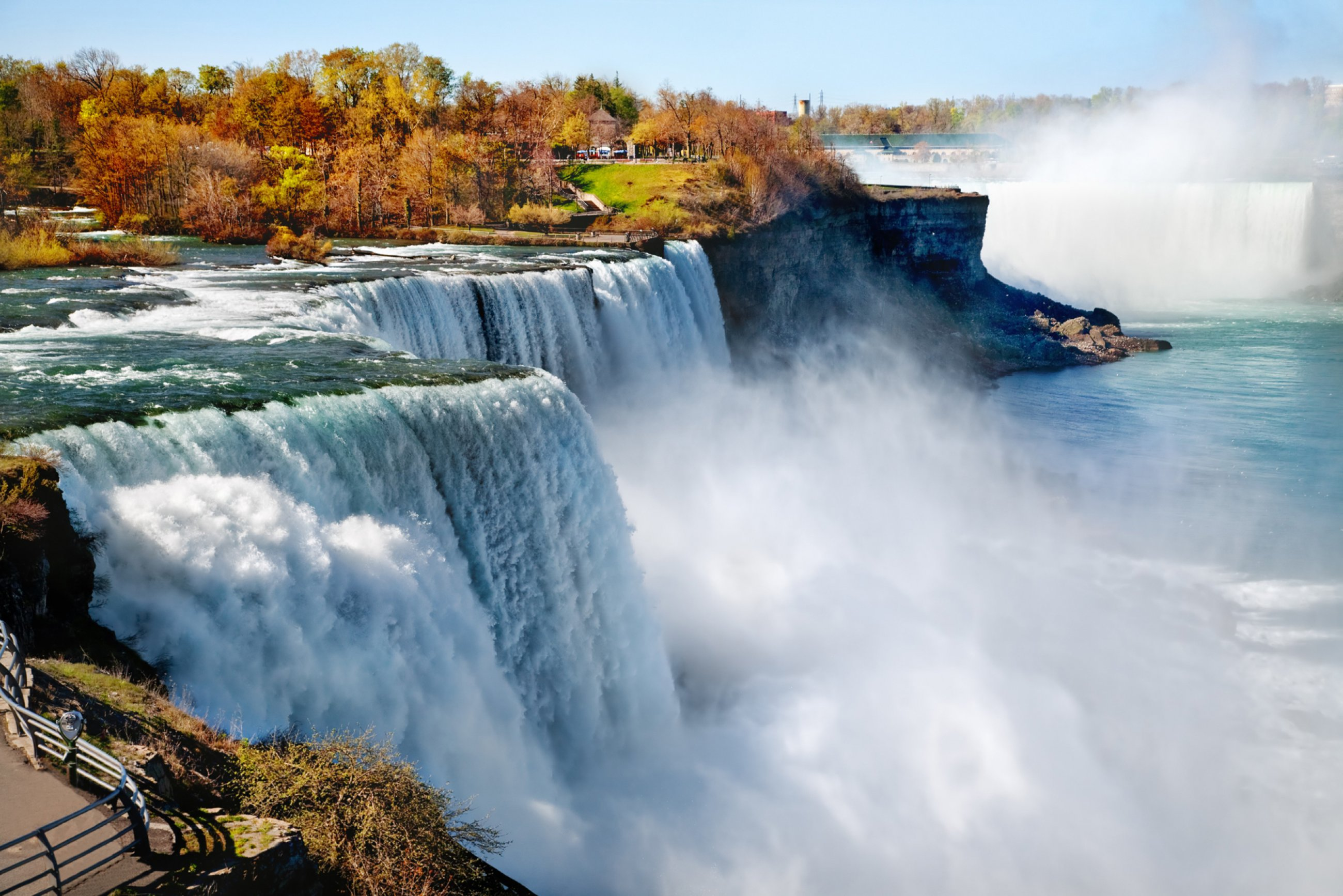 https://bubo.sk/uploads/galleries/5003/niagara-shutterstock-58718383.jpg