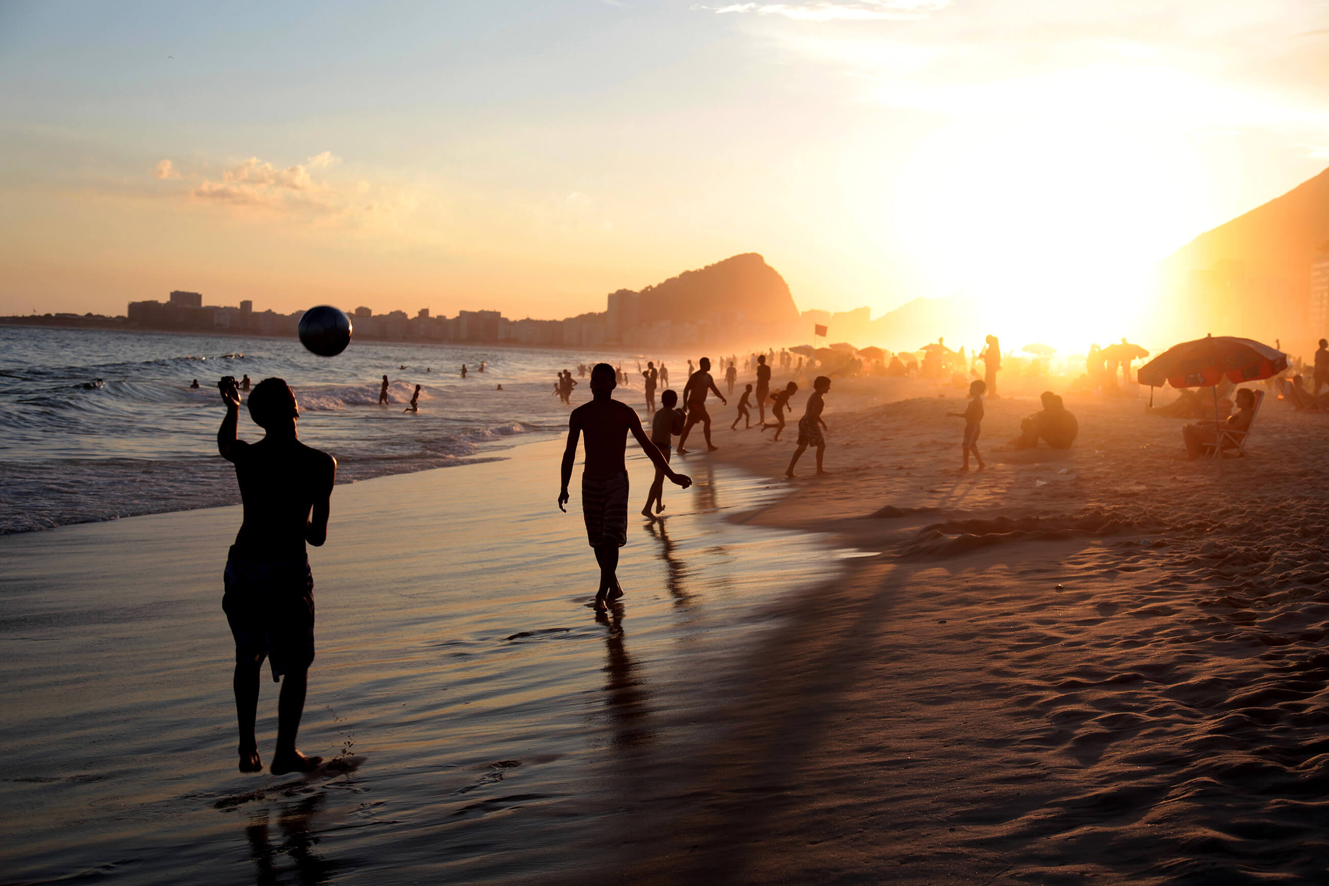 https://bubo.sk/uploads/galleries/5016/rio_copacabana3-1-.jpg