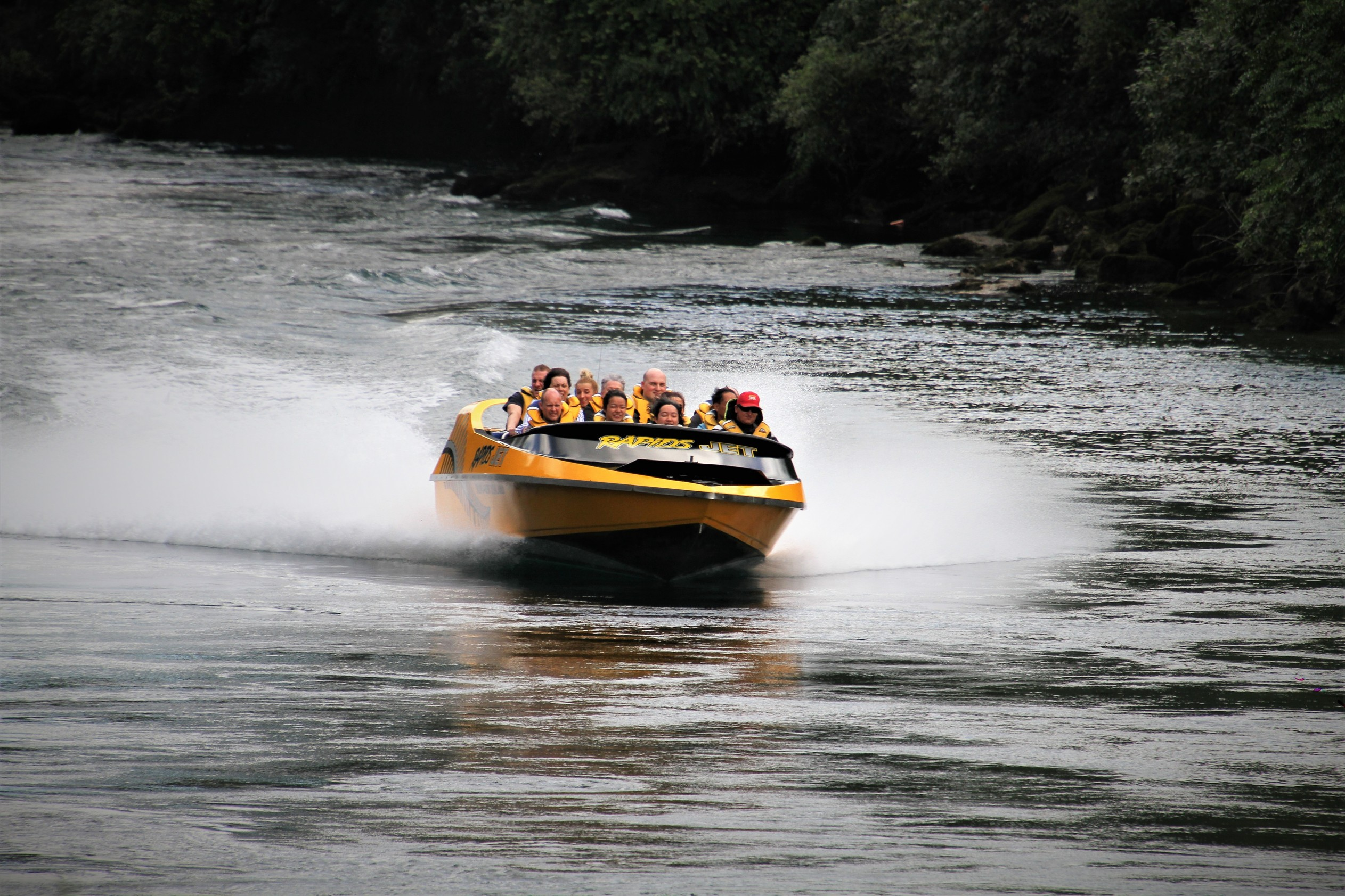 https://bubo.sk/uploads/galleries/5025/marekmeluch_novyzeland_jetboating-rapidjets.jpg