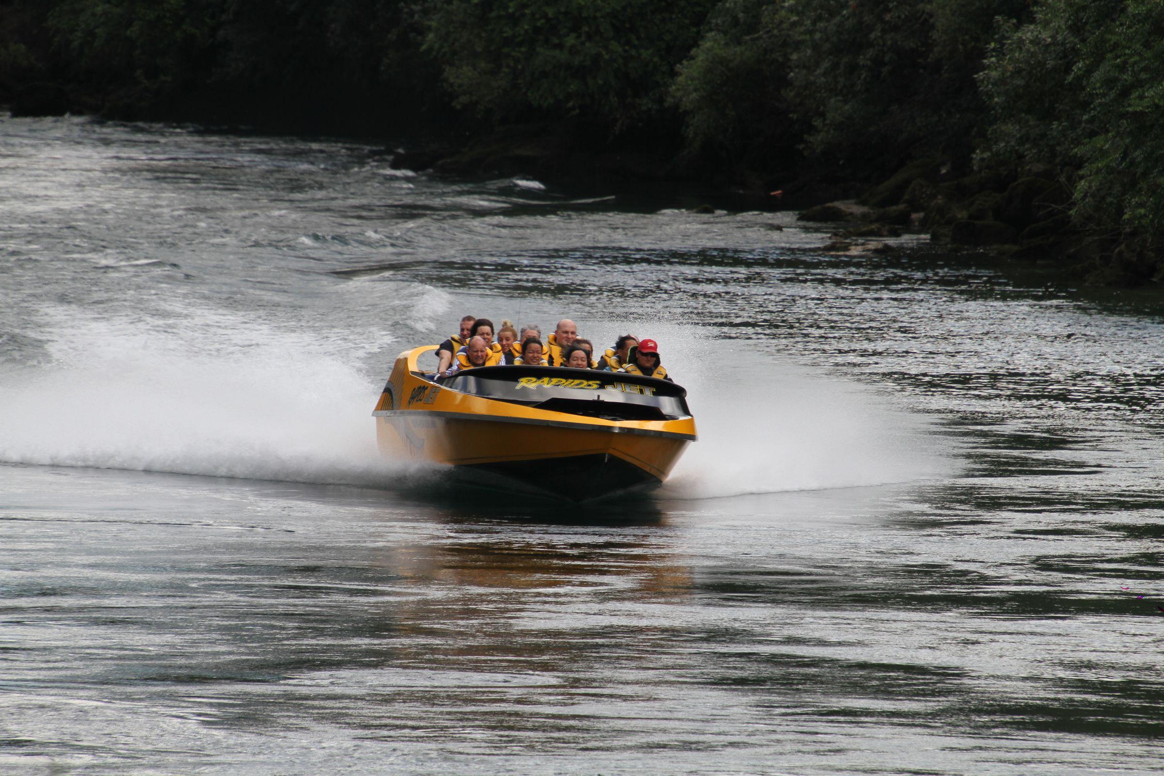 https://bubo.sk/uploads/galleries/5027/marekmeluch_novyzeland_jetboating-rapidjets_vysledok.jpg