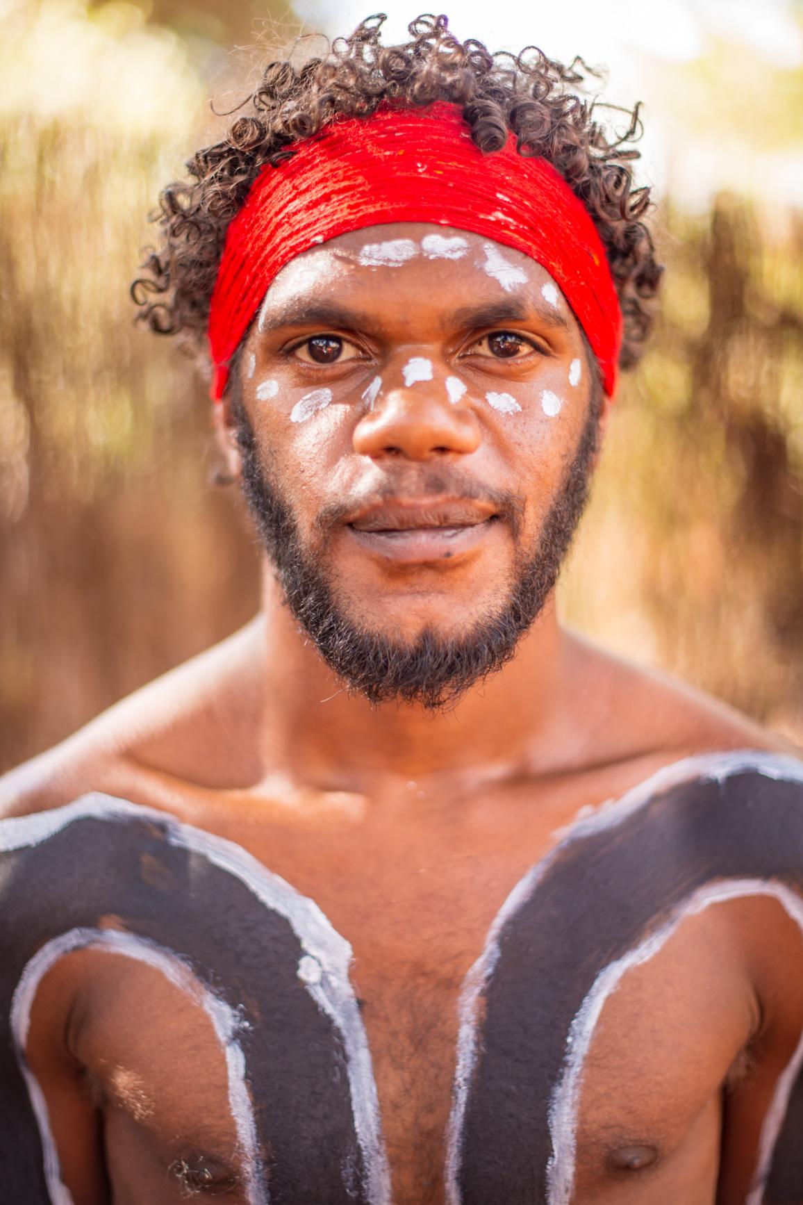 https://bubo.sk/uploads/galleries/5027/robert_taraba_aborigen.jpg
