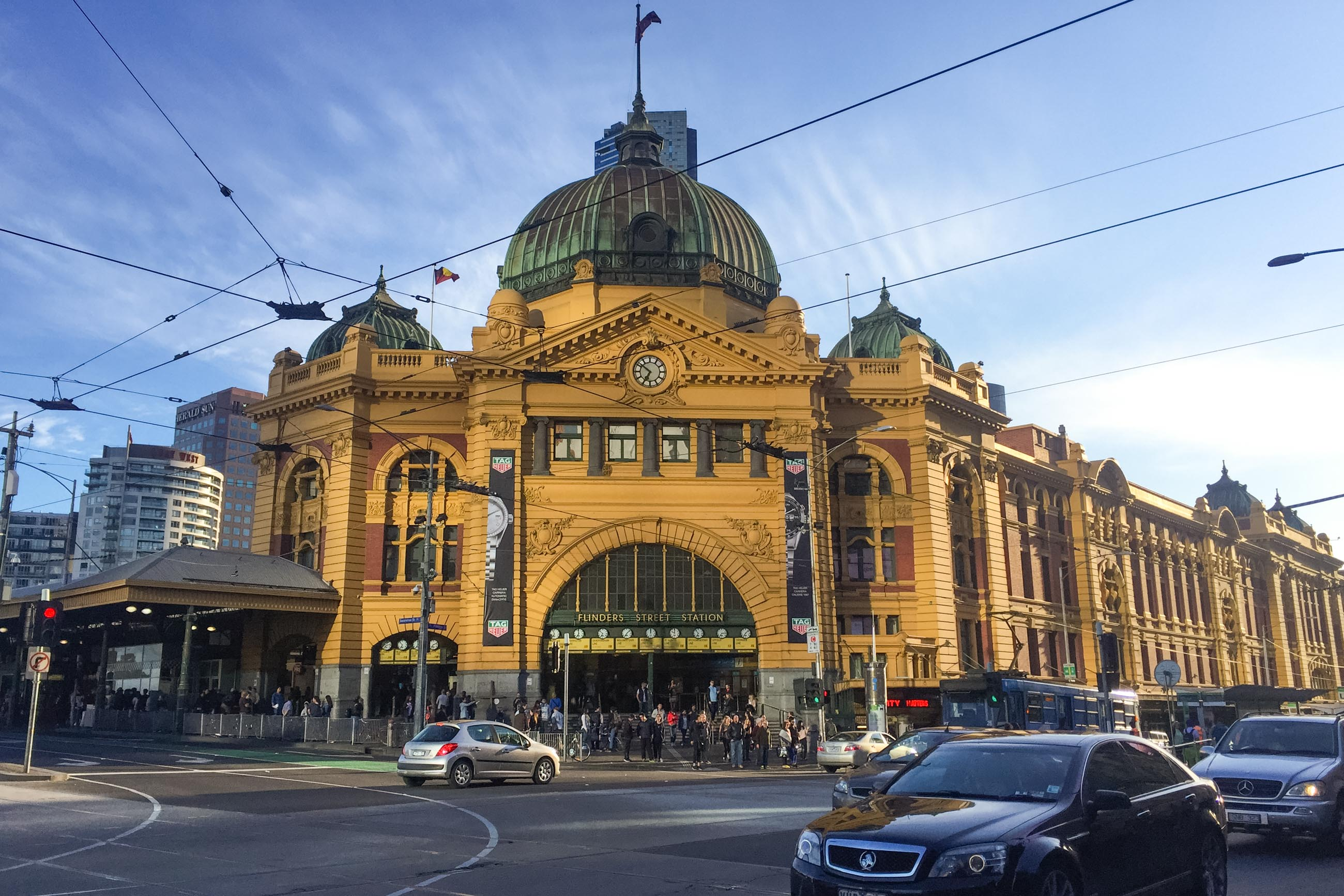 https://bubo.sk/uploads/galleries/5028/veron_hulikova_australia_melbourne_flindersstation2.jpg