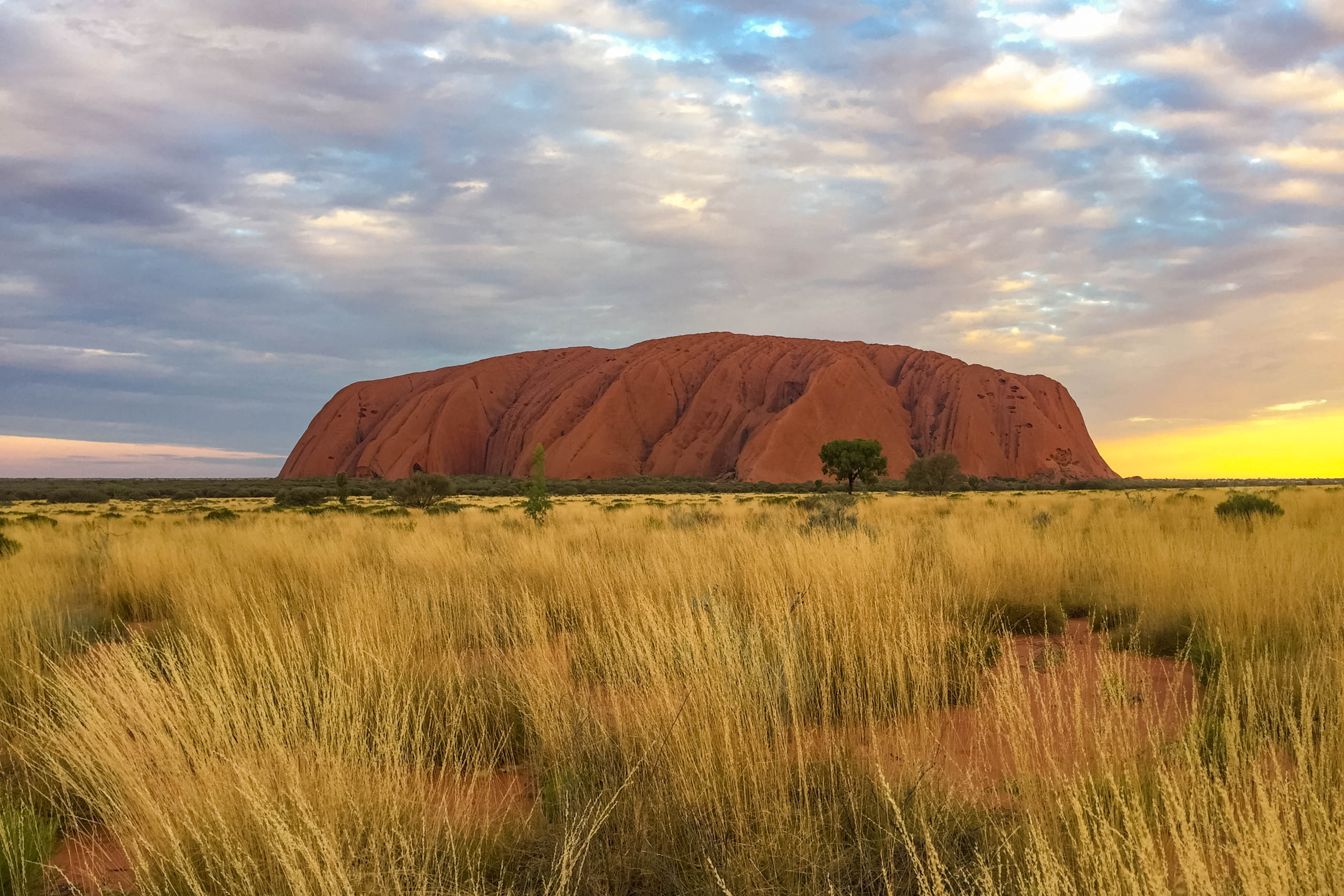 https://bubo.sk/uploads/galleries/5028/veron_hulikova_australia_severne_teritorium_uluru4.jpg