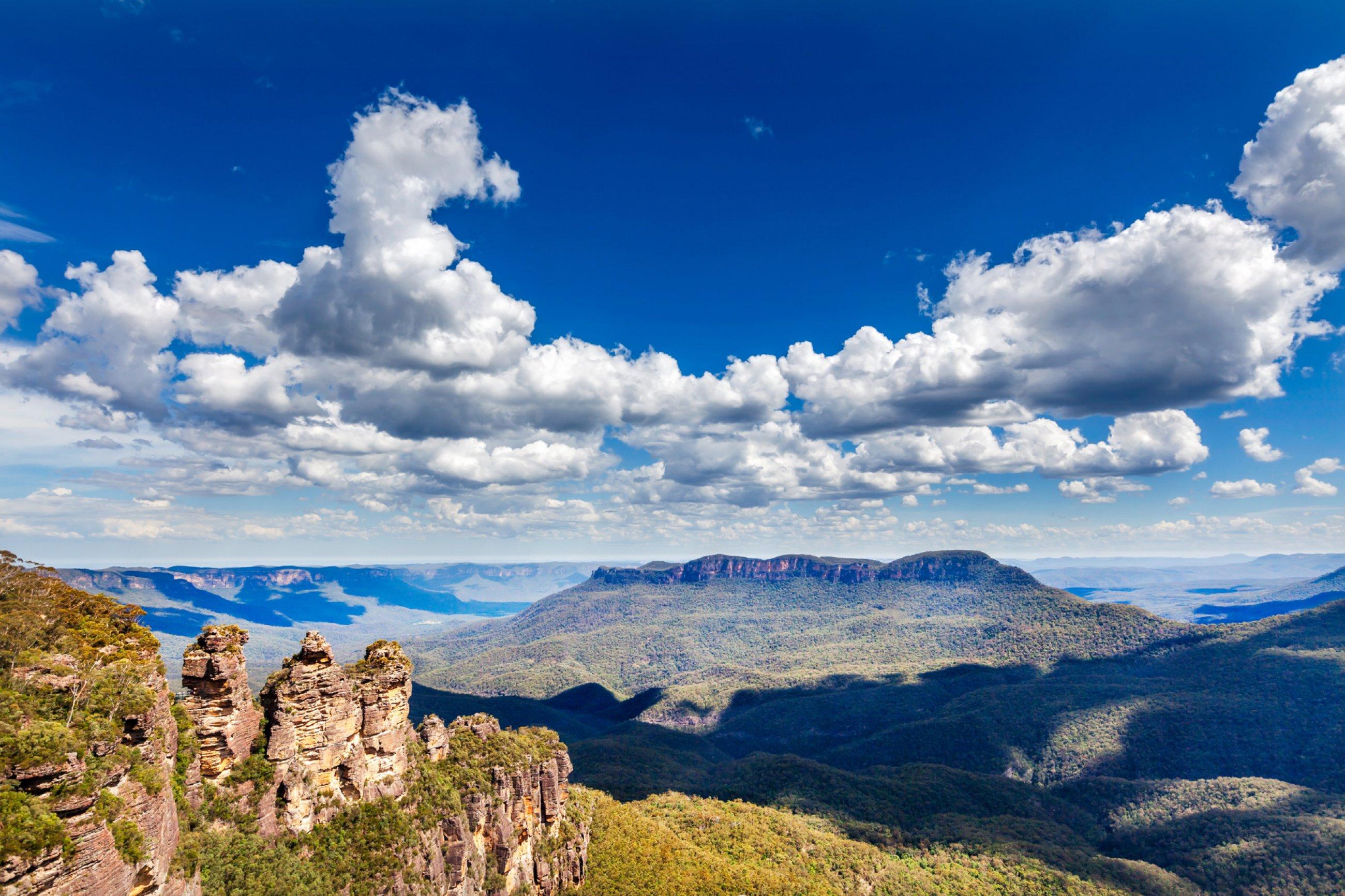 https://bubo.sk/uploads/galleries/5031/blue-mountains-shutterstock-184967273-2-.jpg