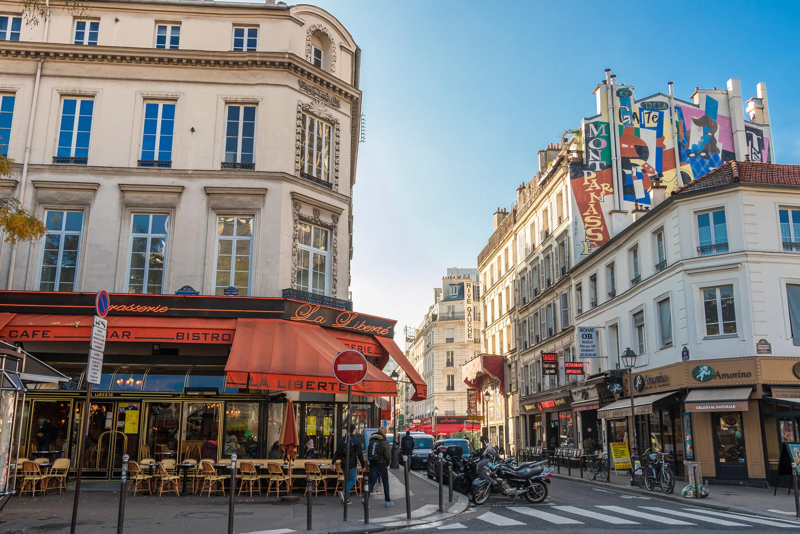 https://bubo.sk/uploads/galleries/5035/francuzsko_pariz_img_1014gaite_montparnasse_by_studiottg.jpg