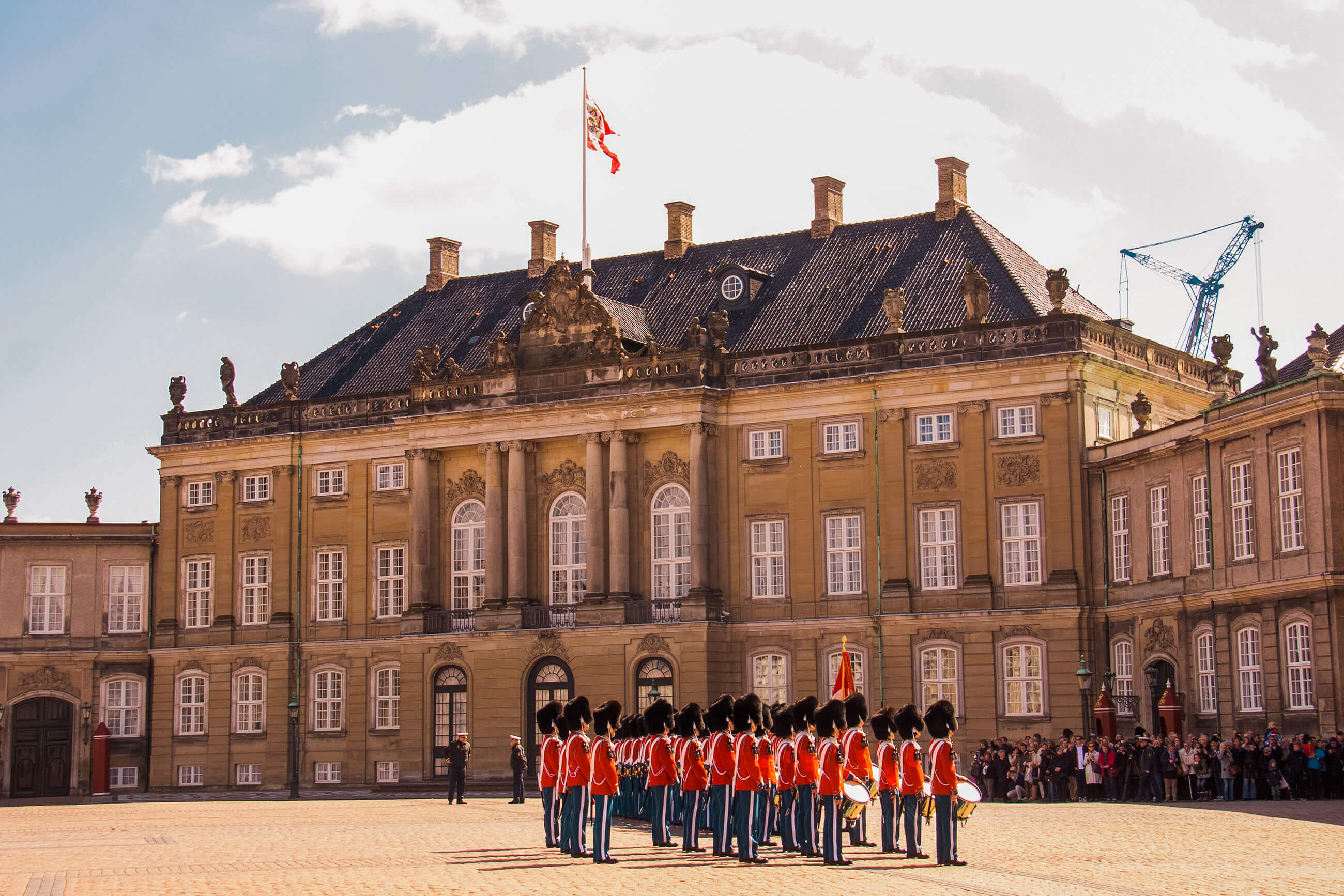 https://bubo.sk/uploads/galleries/5038/amalienborg-2497617-9.jpg