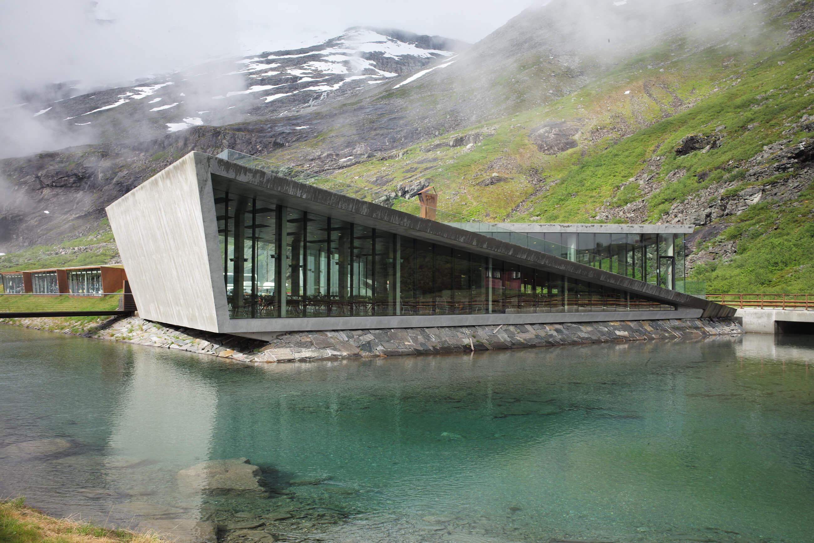 https://bubo.sk/uploads/galleries/5039/lubosfellner_norsko_skandinavialaponsko_family_l1002217-1-.jpg