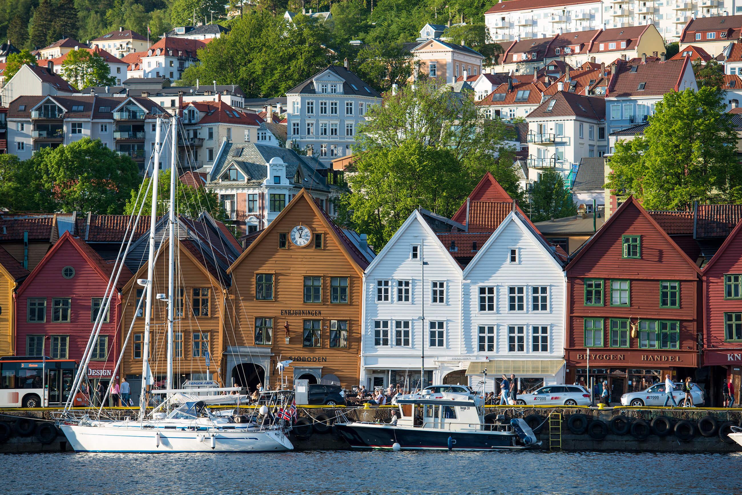 https://bubo.sk/uploads/galleries/5039/robert_taraba_norsko_bergen.jpg