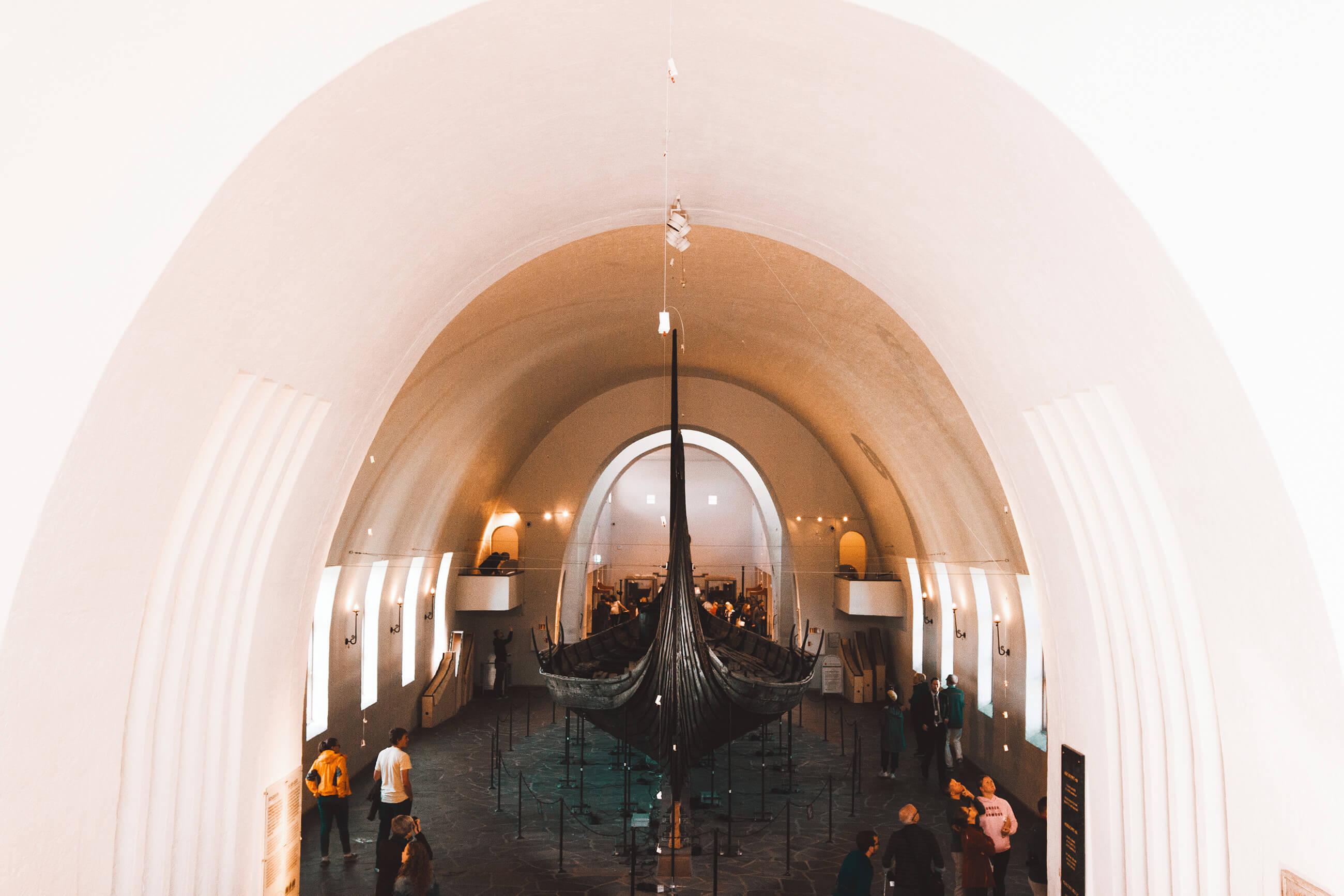 https://bubo.sk/uploads/galleries/5039/zuzkahabekova_norsko_vikingske-1-2.jpg