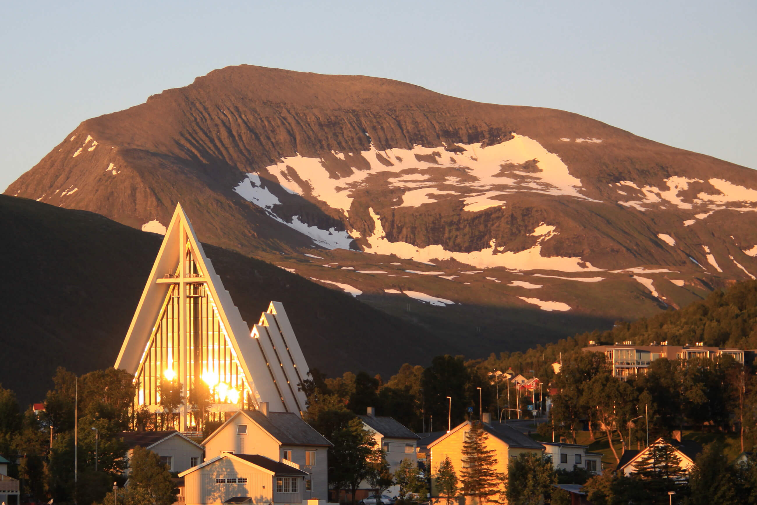 https://bubo.sk/uploads/galleries/5044/the-artic-catedral-tromso-norway-hgr-111349--photo_photo_competition.jpg