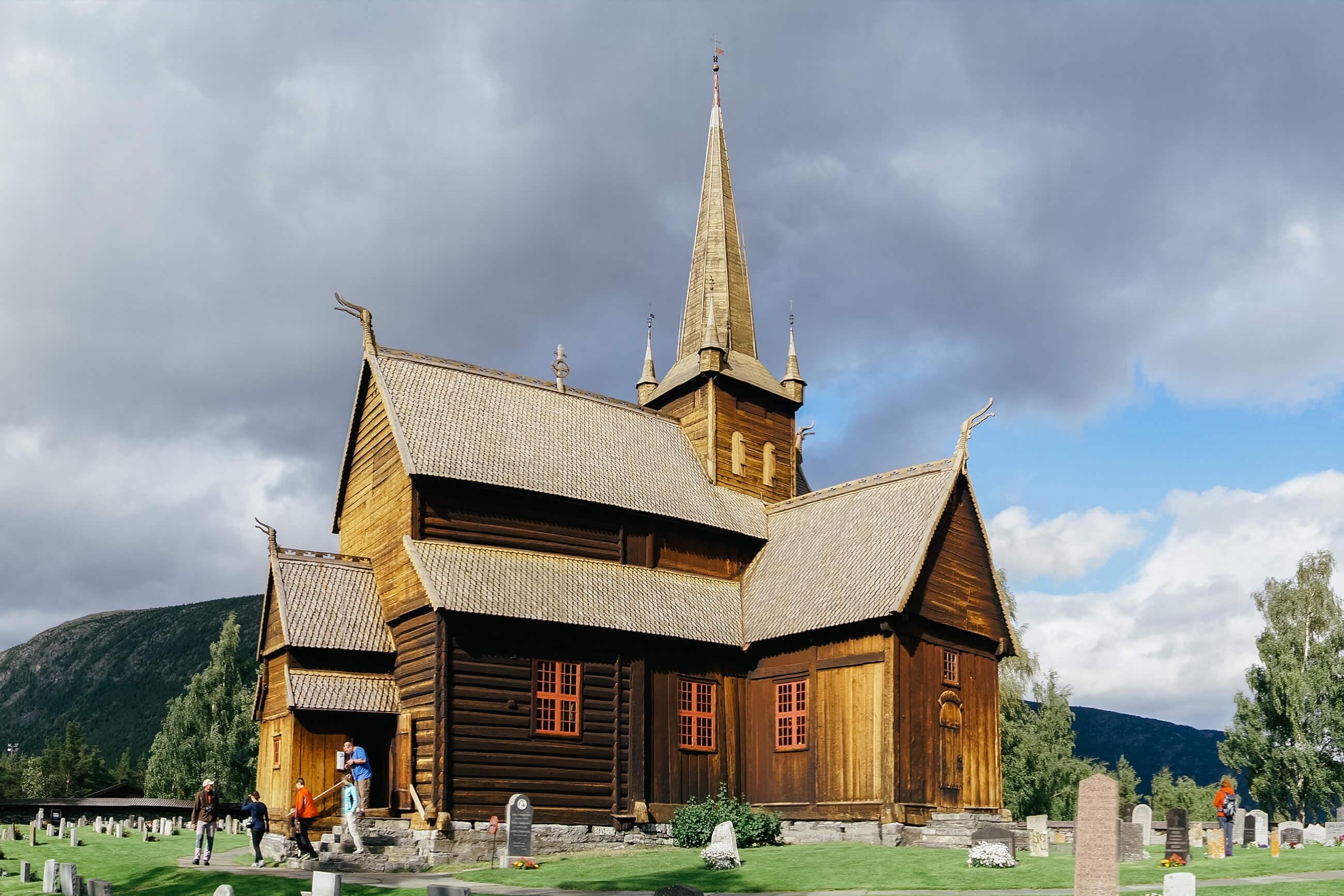 https://bubo.sk/uploads/galleries/5045/norsko_kostol_lom.jpg
