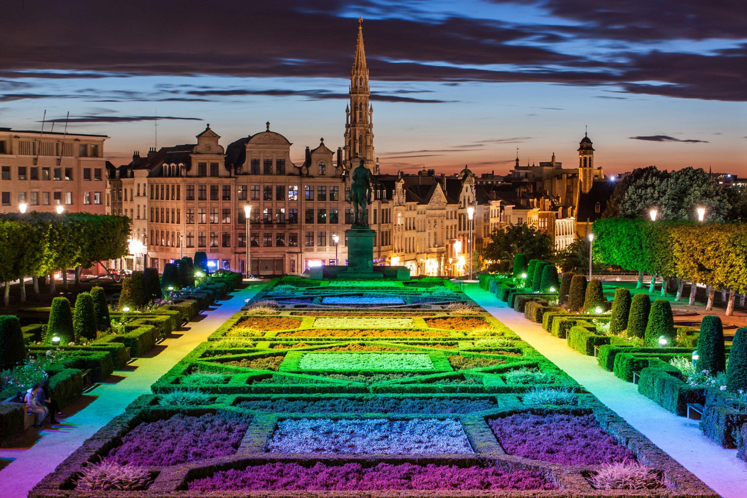 https://bubo.sk/uploads/galleries/5048/brusel-hlavne-namestie.jpg