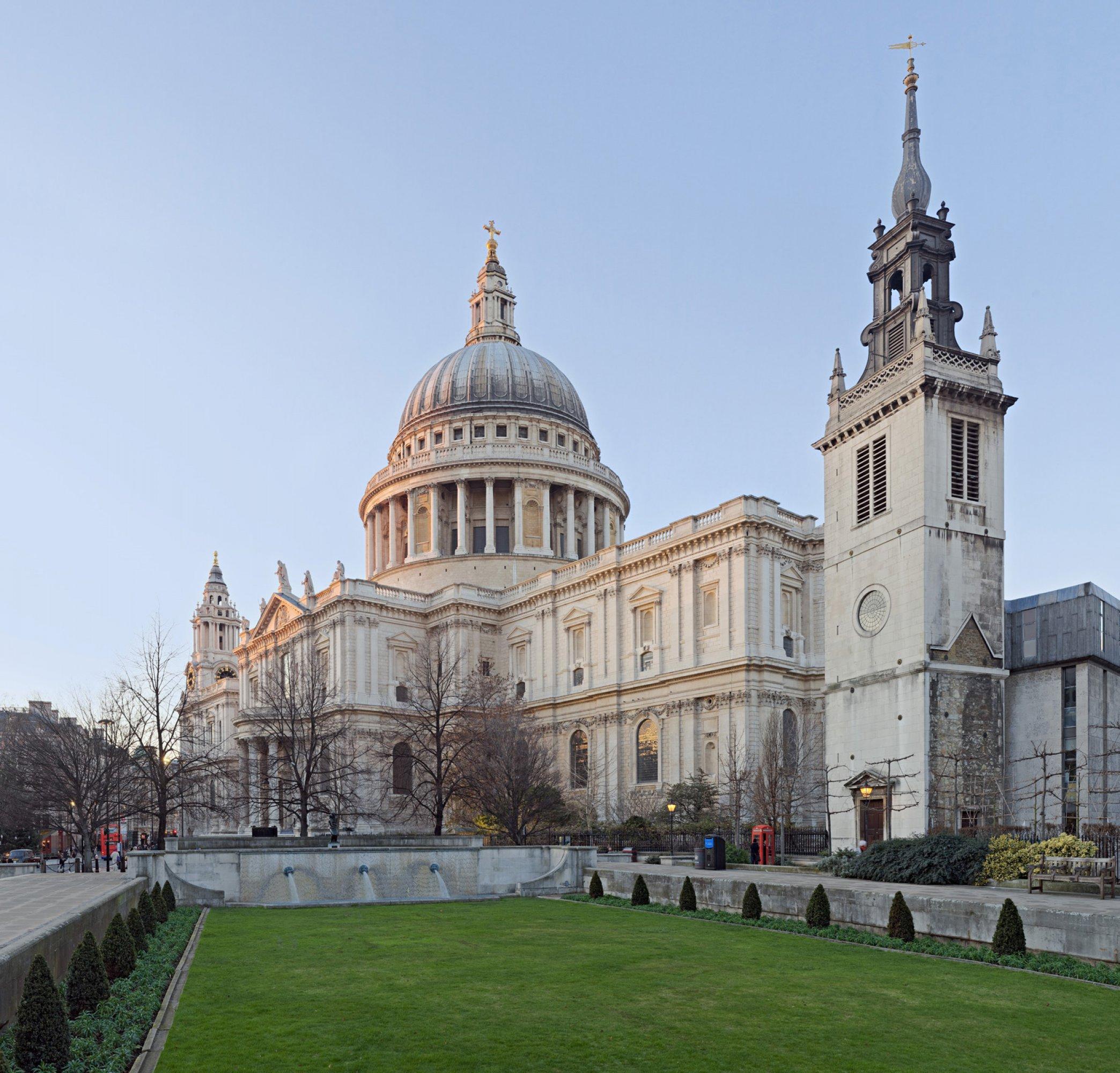 https://bubo.sk/uploads/galleries/5048/london-st-paul-s-cathedral-london-england-jan-2010.jpg