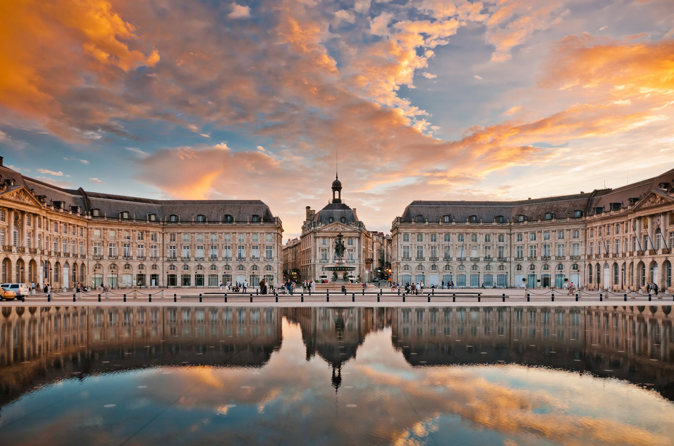 https://bubo.sk/uploads/galleries/5049/francuzsko-place-de-la-bourse-in-bordeaux.jpg