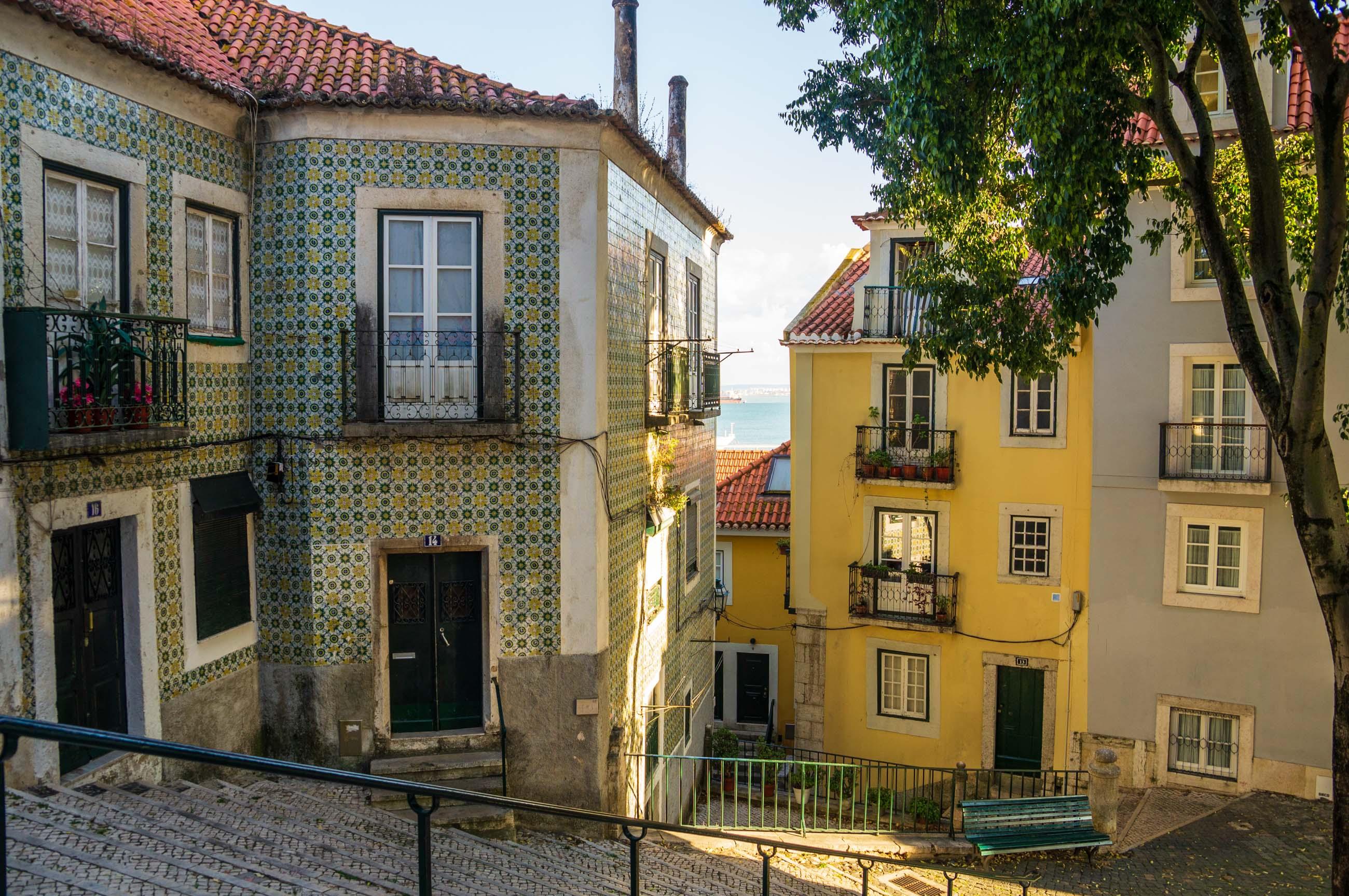 https://bubo.sk/uploads/galleries/5052/jozefzeliznakst_portugalsko_lisabon_dsc06054.jpg