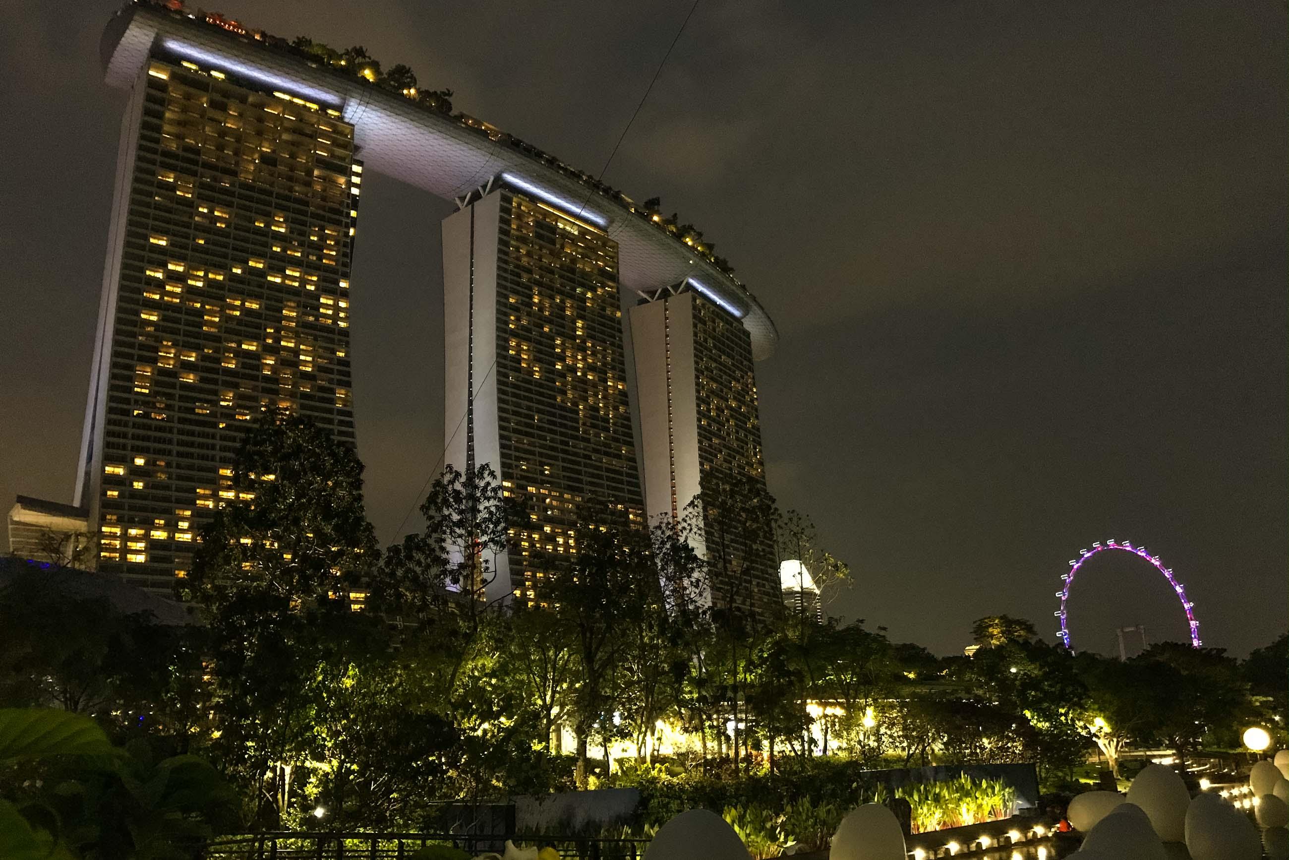 https://bubo.sk/uploads/galleries/5060/michal-pollak--marina-bay-sands--singapore-2.jpg