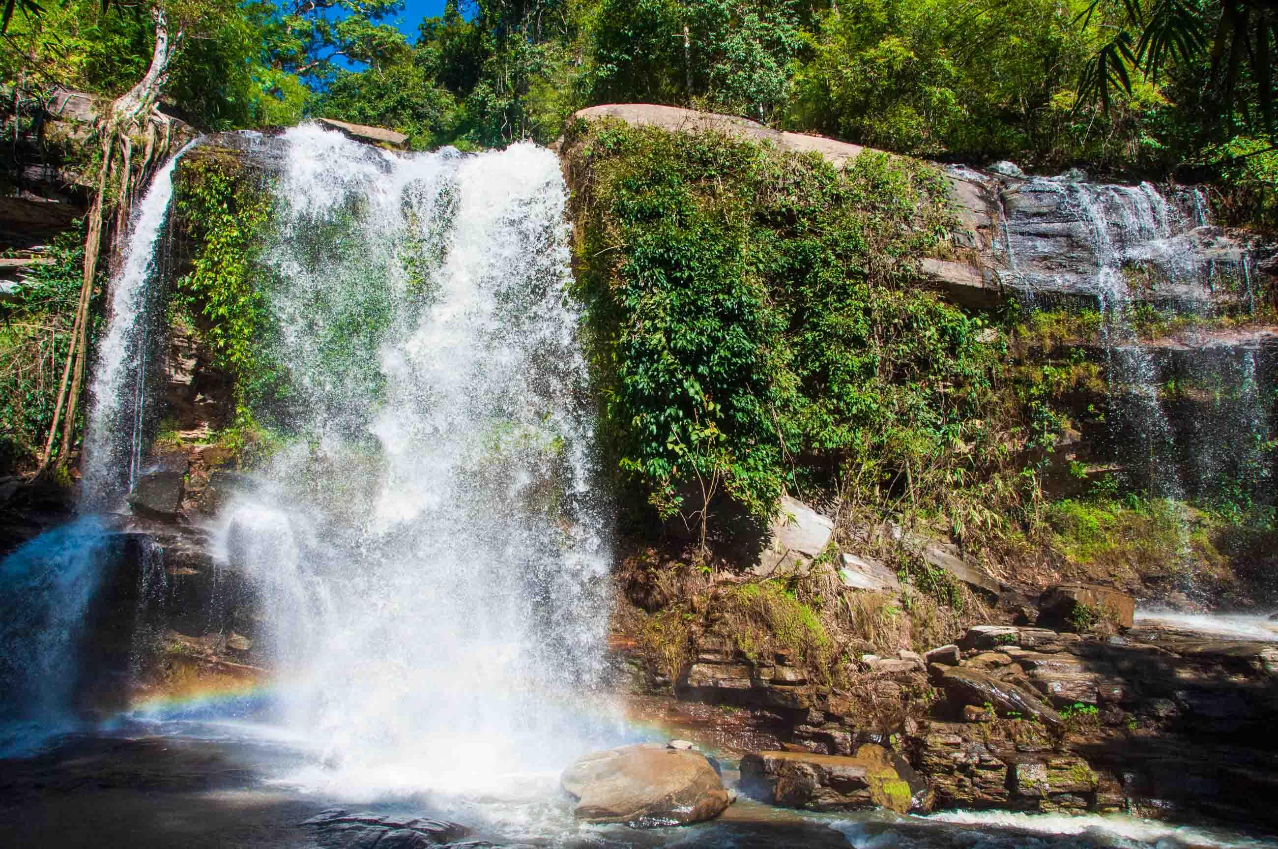 https://bubo.sk/uploads/galleries/5063/tomaskubus_thajsko_tms_chiang-mai_vodopady-pri-treku.jpg