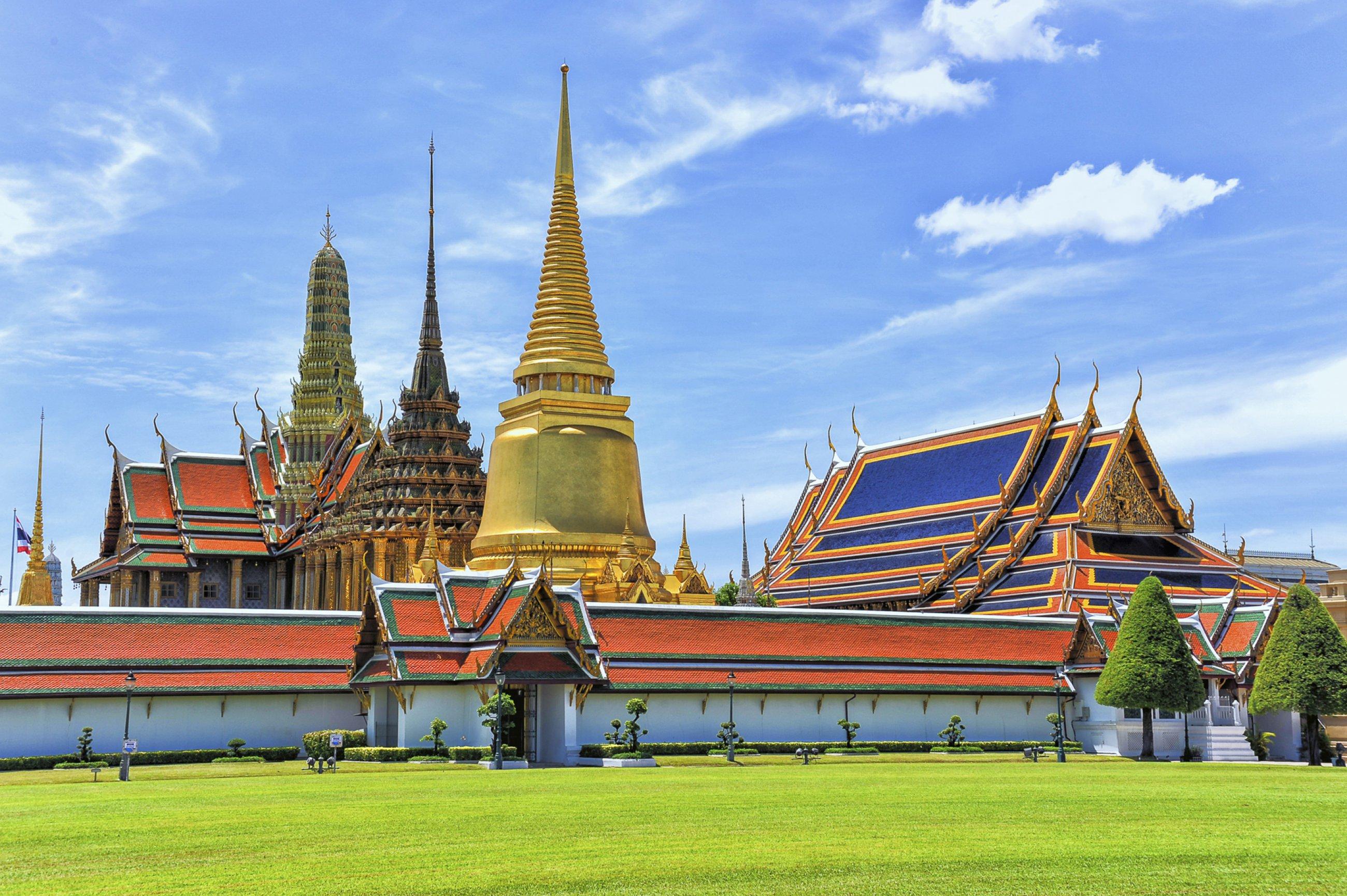https://bubo.sk/uploads/galleries/5064/bkk-bangkok-dreamstime-xl-42485181-2-.jpg